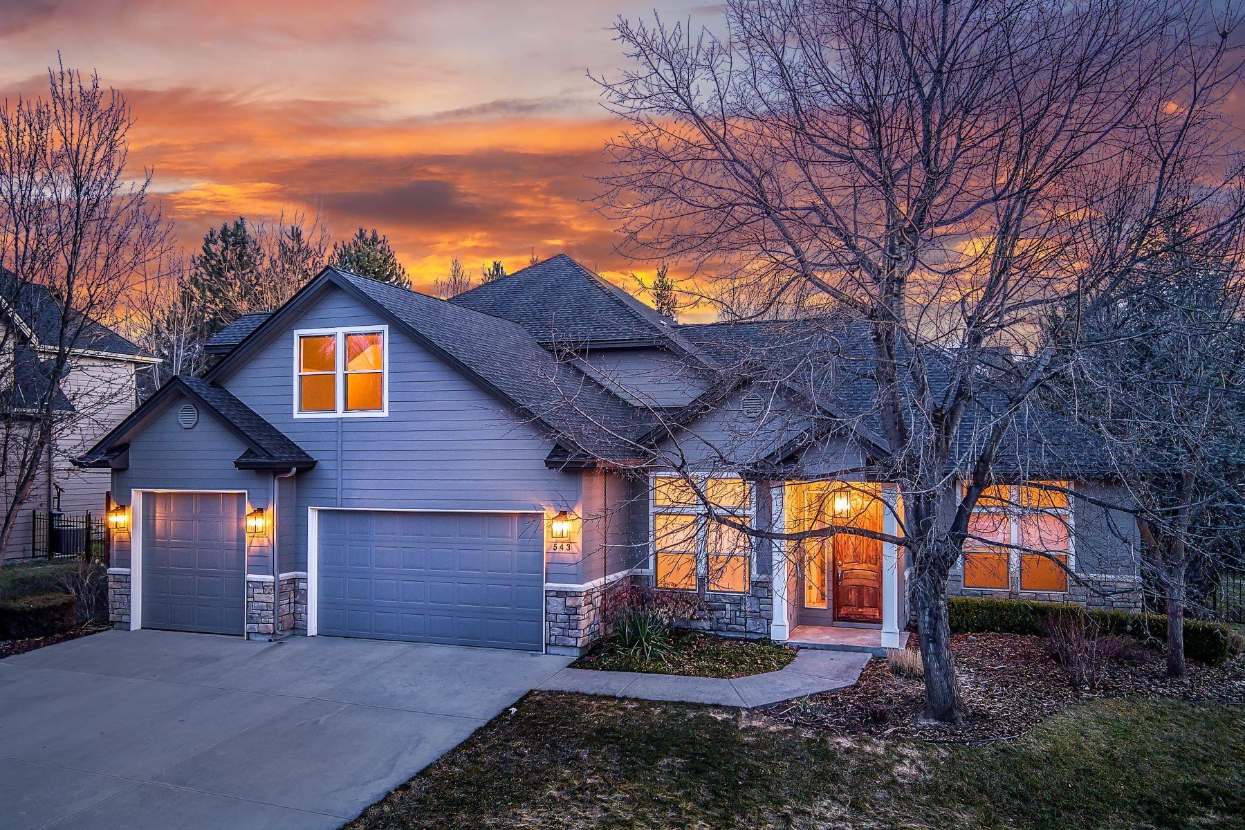 Single Family Homes por un Venta en 543 Greencreek Ct Eagle, Idaho 83616 Estados Unidos