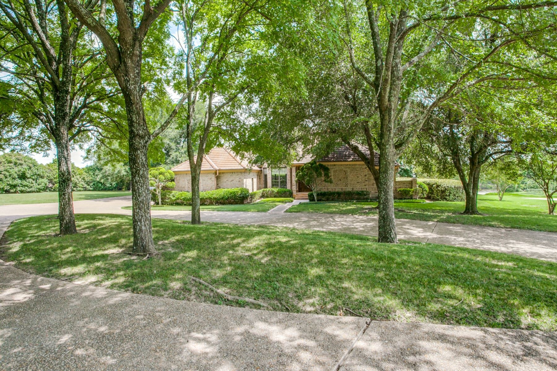Single Family Homes for Sale at 526 Long Creek Road Sunnyvale, Texas 75182 United States