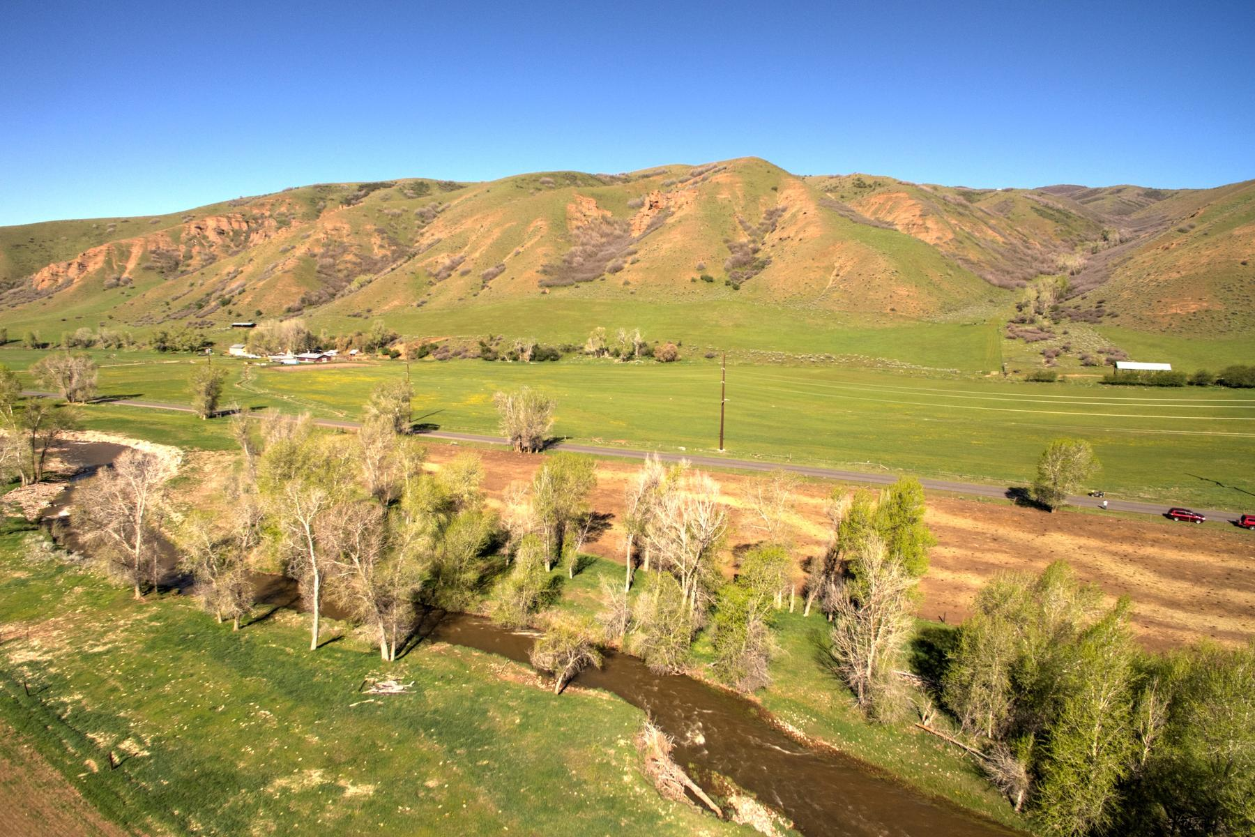 Additional photo for property listing at Peaceful 21 Plus Acre Farm Parcel in Croydon That is Close to Everything 3800 N Lost Creek Rd Croydon, Utah 84018 United States
