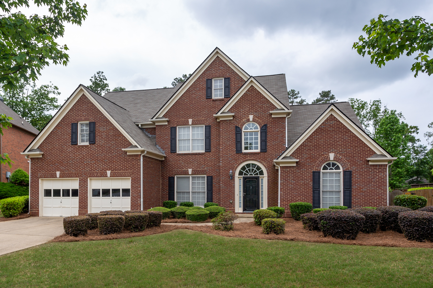 Single Family Home for Sale at Lovely Executive Home In Top East Cobb Schools With Swim/Tennis Community 3362 Keenland Road Marietta, Georgia 30062 United States