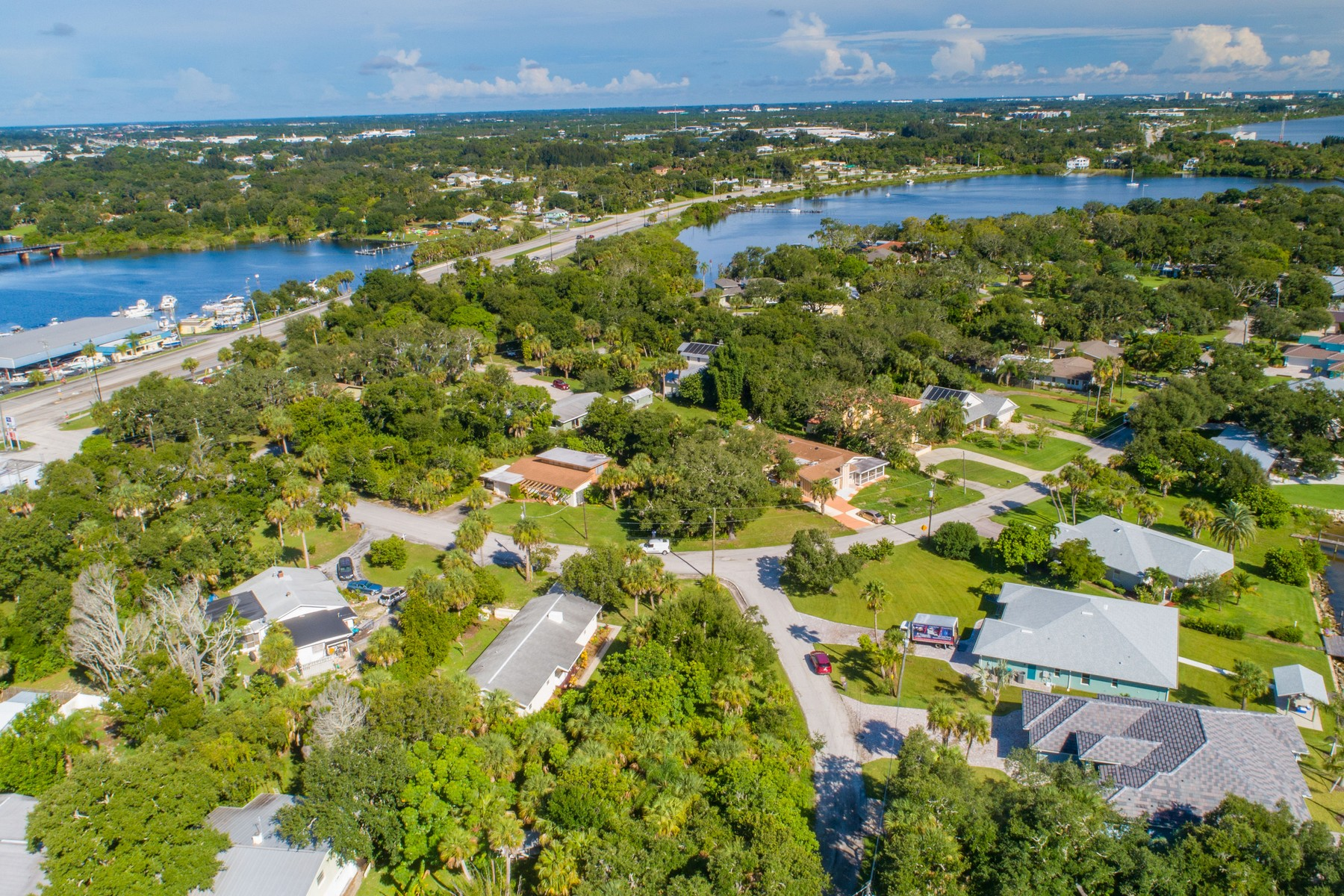 Additional photo for property listing at Charming Home Nestled in Unique Riverfront Community 1419 Anglers Drive NE Palm Bay, Florida 32905 United States