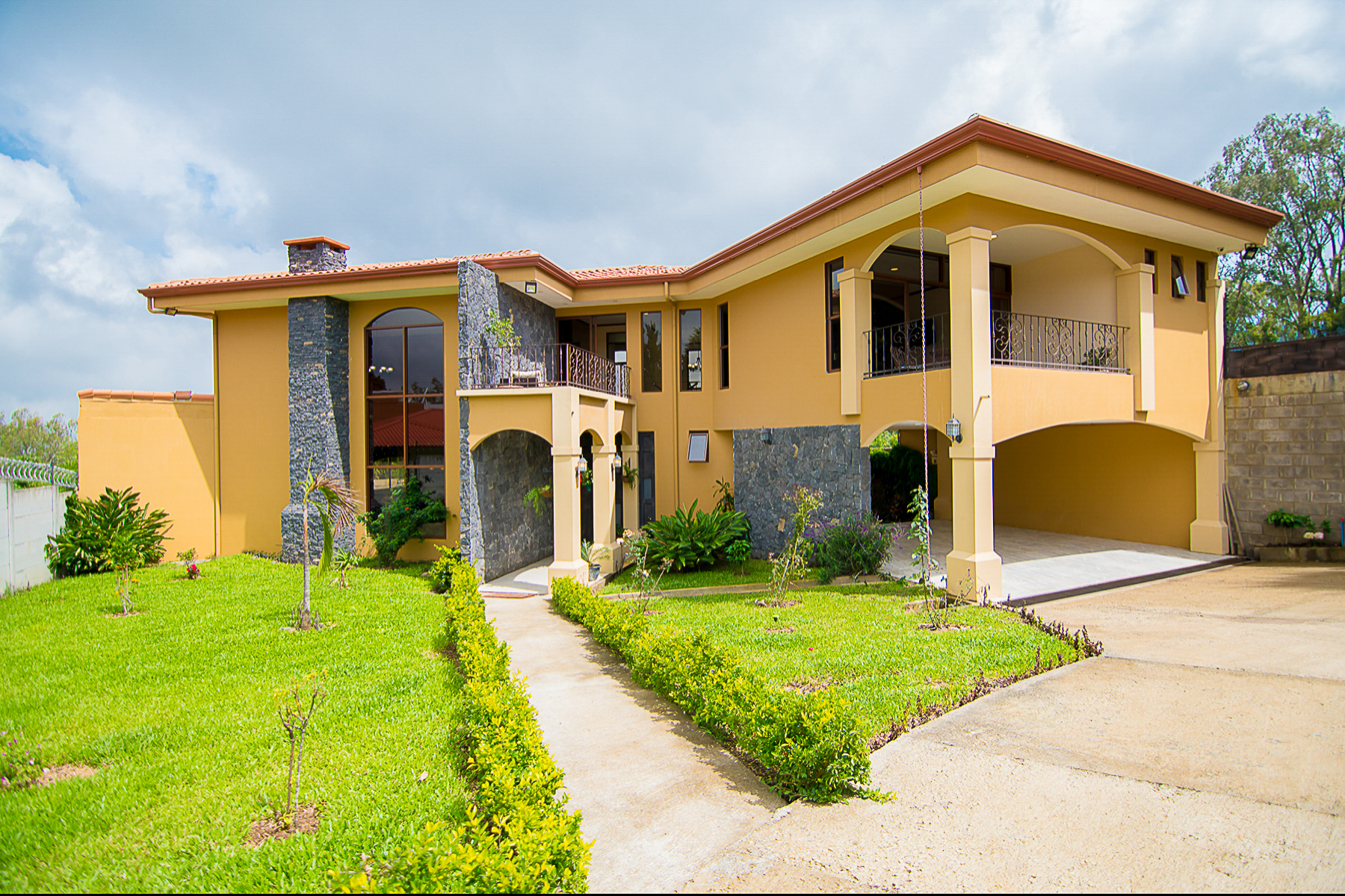 Other Residential Homes for Sale at Contempo Home, San Rafael, Heredia San Rafael, Heredia Costa Rica
