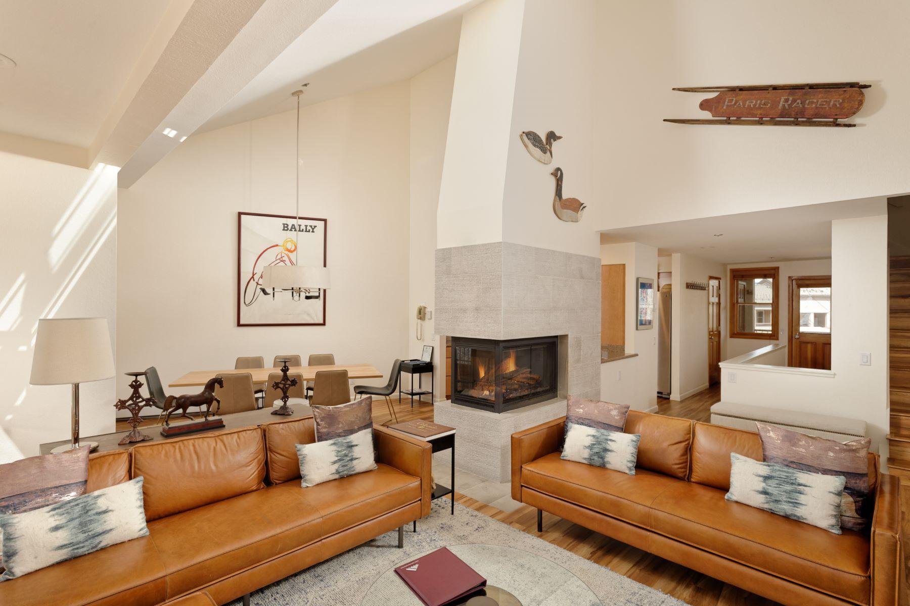 Condominiums для того Продажа на Woodrun Place 425 Wood Road 53, Snowmass Village, Колорадо 81615 Соединенные Штаты