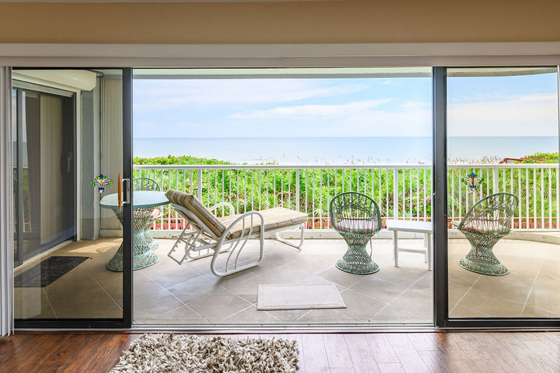 Additional photo for property listing at Highly Desirable Corner Unit with Amazing Views of the Beautiful East Coast 295 Highway A1A Unit 208 Satellite Beach, Florida 32937 United States