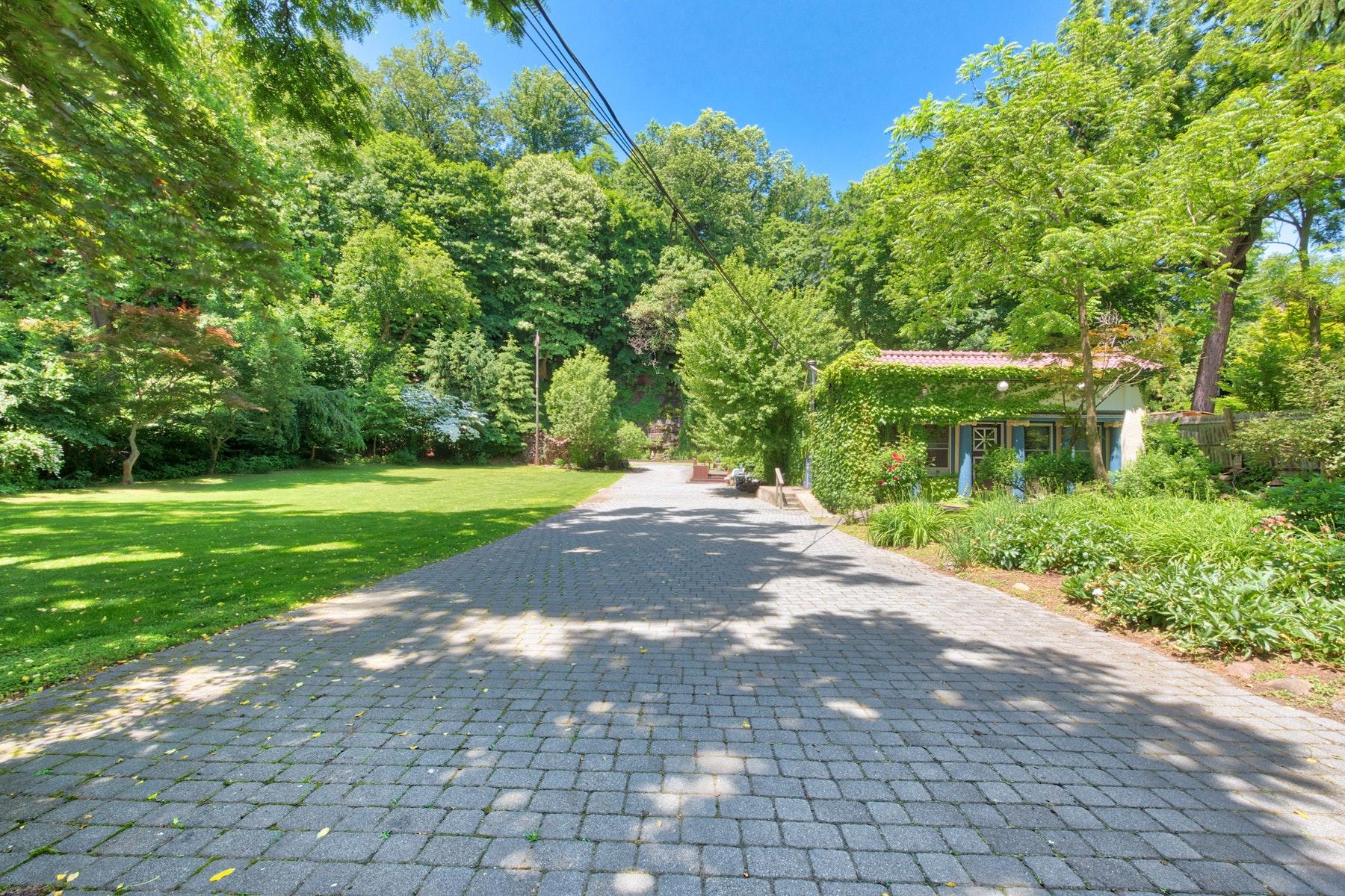 Casa Unifamiliar por un Venta en Cascadia Spring 35 River Road Grandview, Nueva York 10960 Estados Unidos
