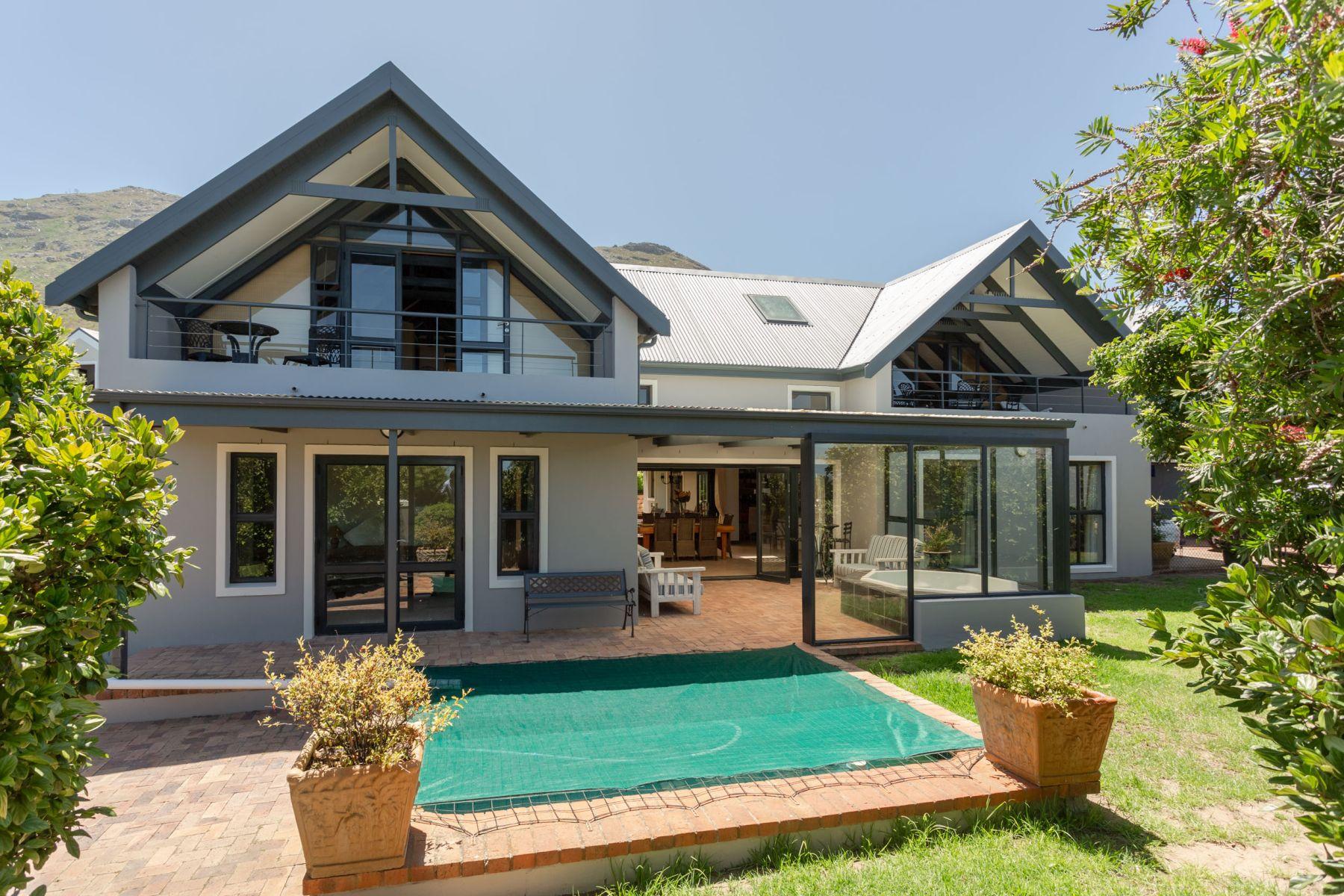 Single Family Homes por un Venta en Noordhaven, Noordhoek Noordhoek, Provincia Occidental Del Cabo 7975 Sudáfrica