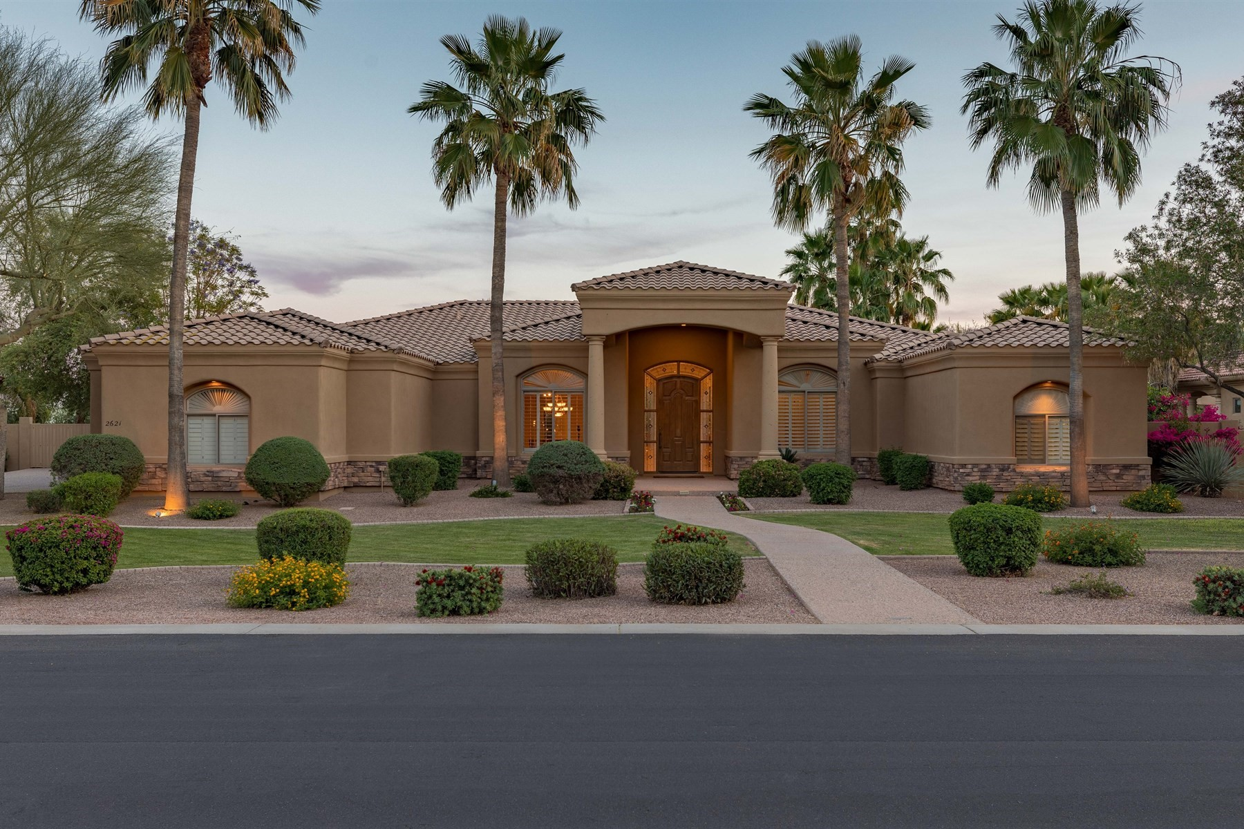 Single Family Home for Sale at Amazing home with incredible resort style backyard 2621 E Birchwood Pl Chandler, Arizona 85249 United States