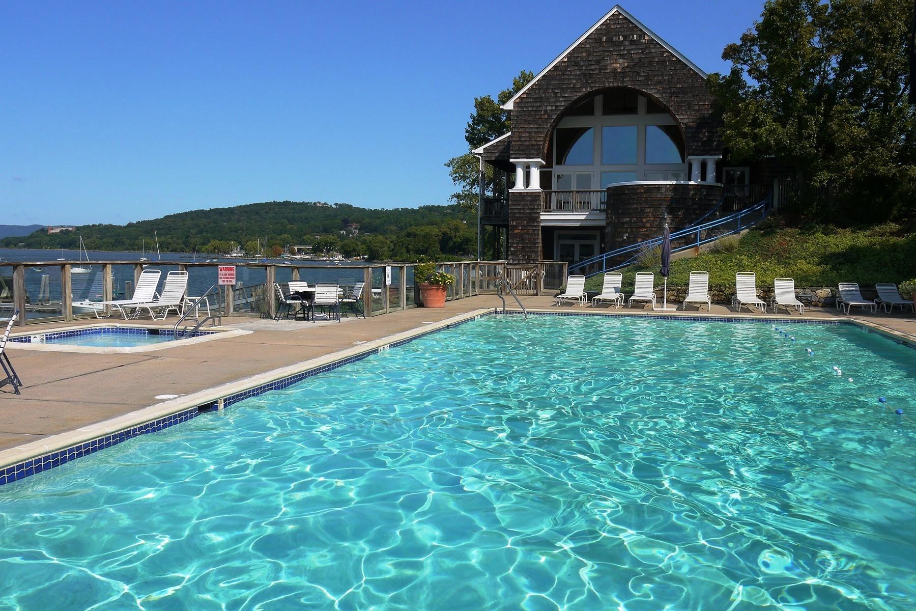 Condominio por un Alquiler en Half Moon Bay 2 BR Rental 502 Half Moon Bay Drive Croton On Hudson, Nueva York 10520 Estados Unidos