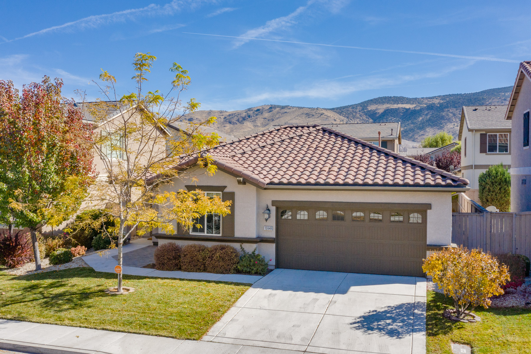 Single Family Homes for Active at 10848 Oakhaven Drive, Reno, Nevada 10848 Oakhaven Drive Reno, Nevada 89521 United States