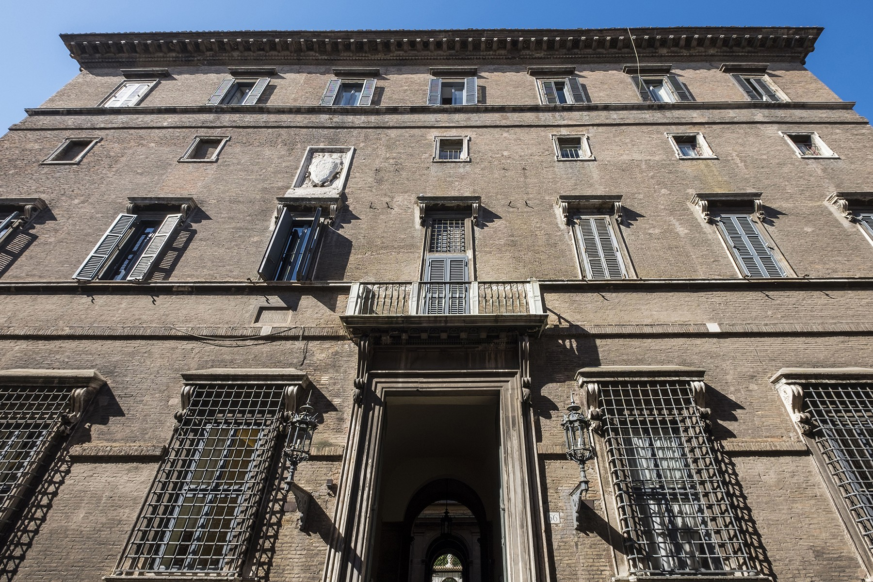 Casa Unifamiliar por un Venta en Palazzo Sacchetti, a pearl of the late Reinassance in the heart of Rome Via Giulia Rome, Roma, 00186 Italia