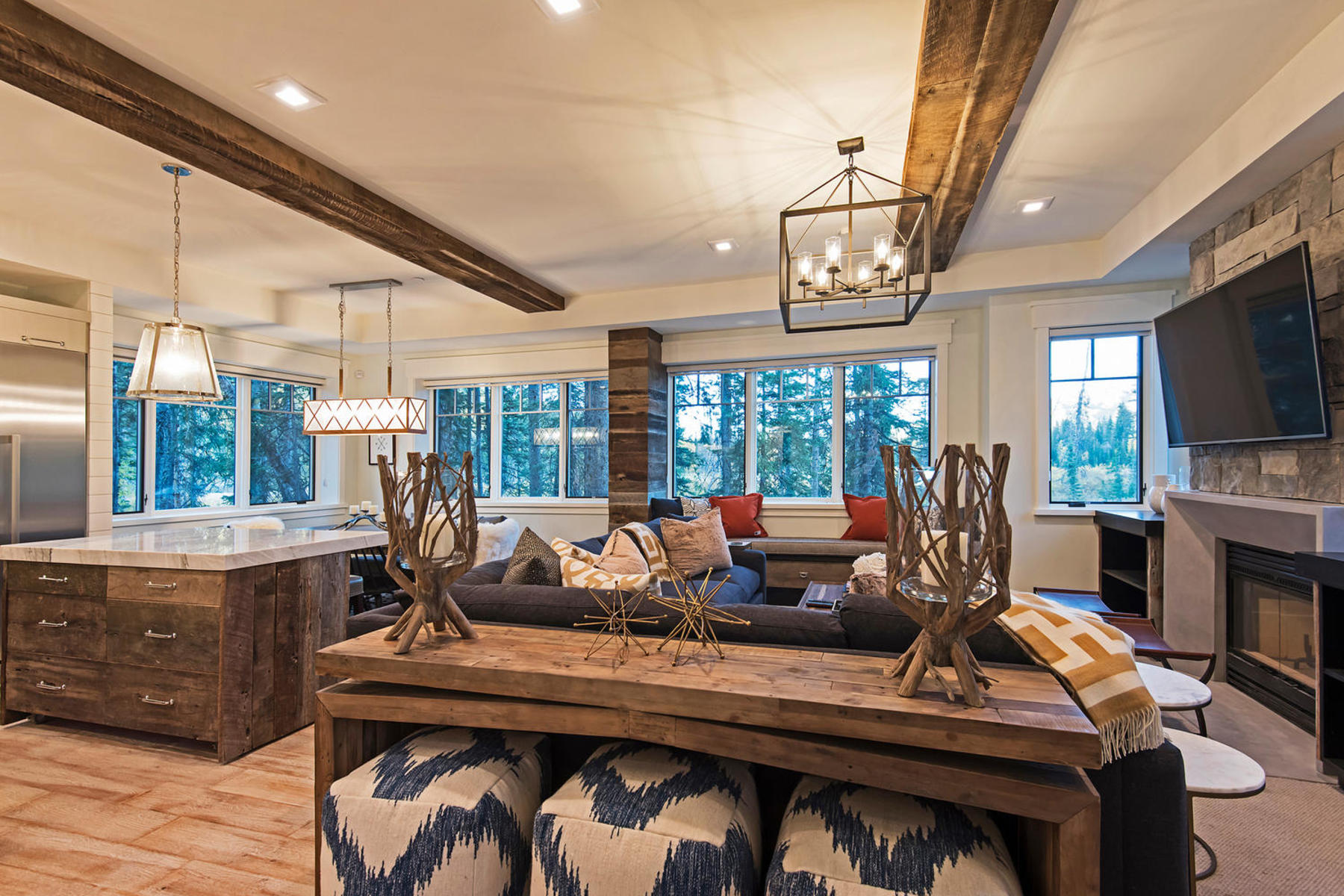 Additional photo for property listing at Mountain Contemporary Dream Home 12406 E Willow Loop Rd Brighton, Utah 84121 United States