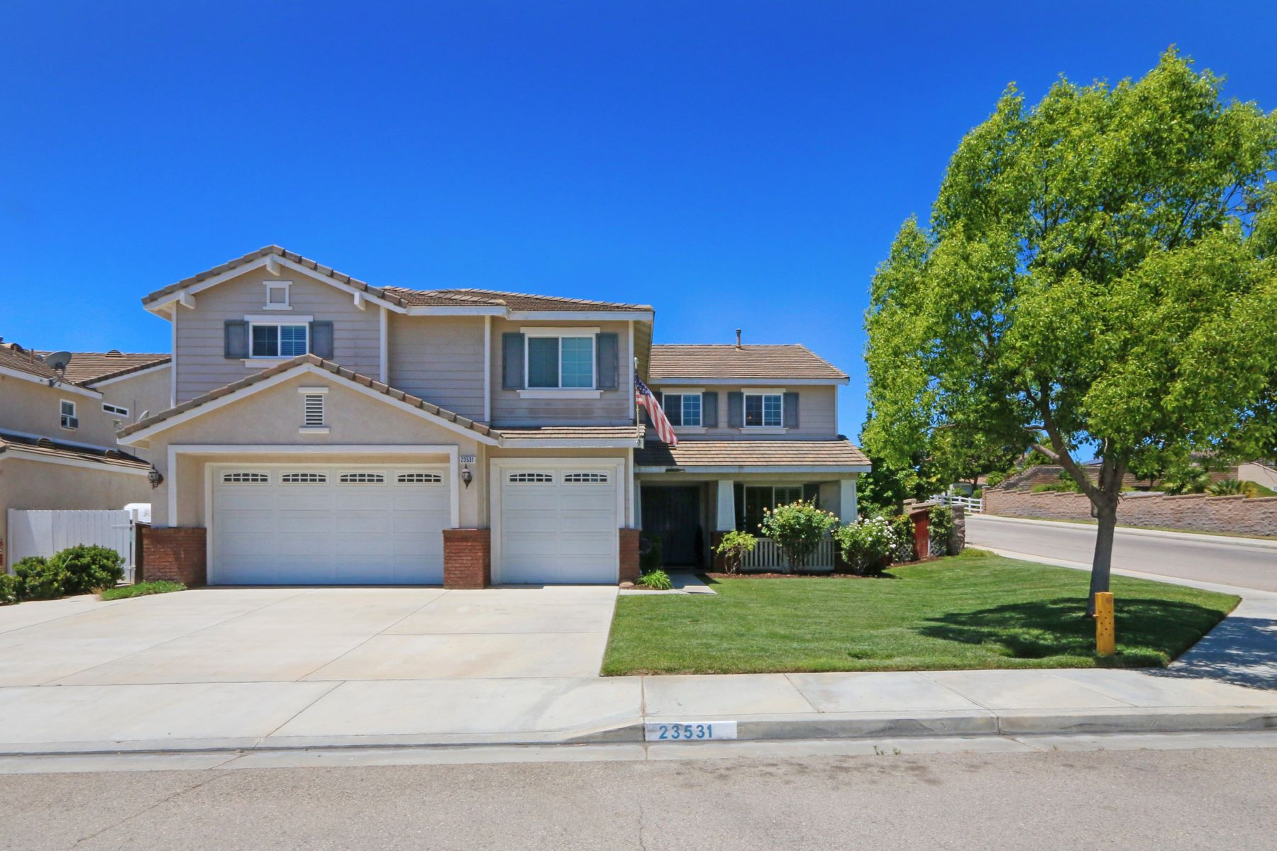 Single Family Homes for Sale at Sycamore Ranch 23531 Karen Place Murrieta, California 92562 United States
