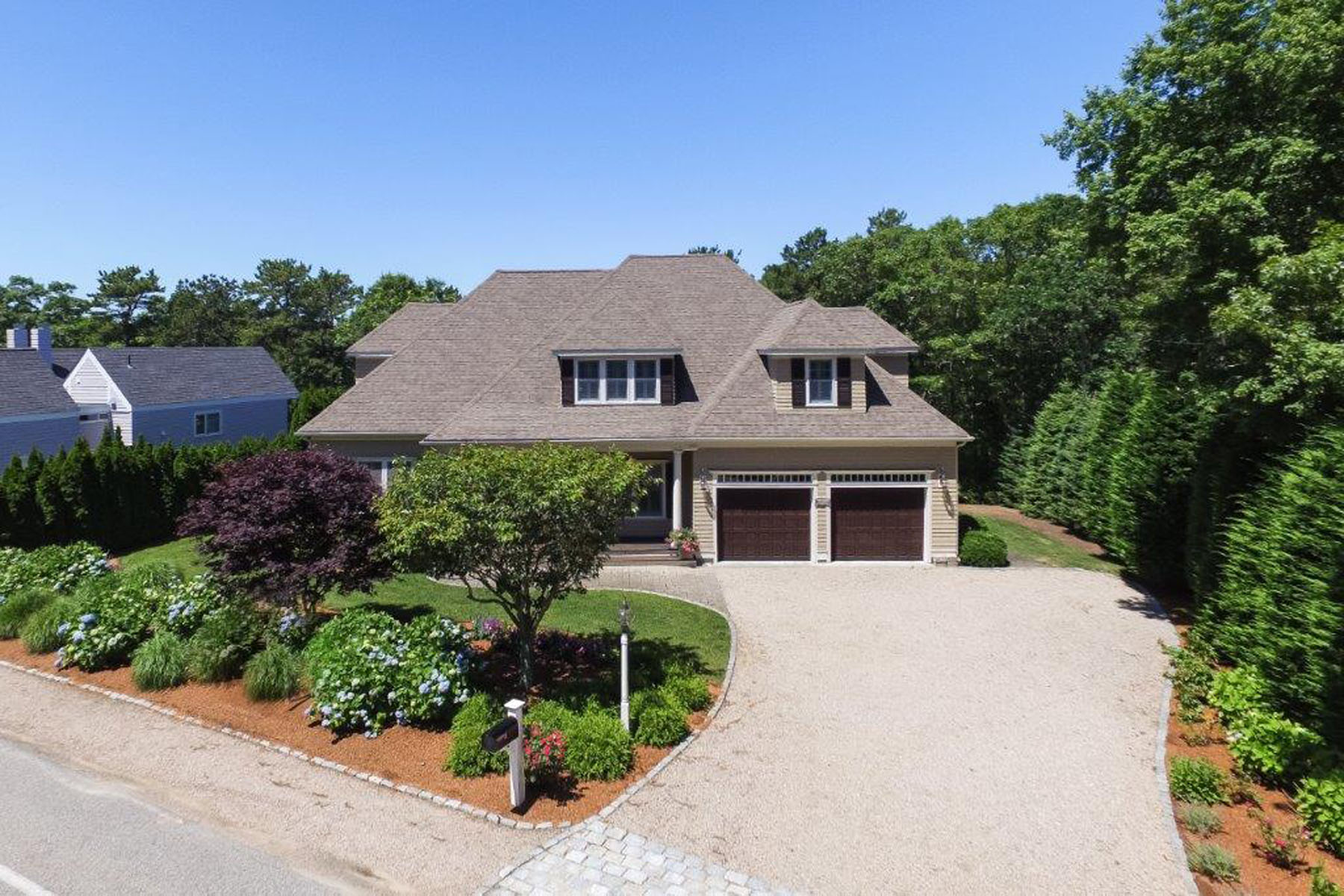 Single Family Home for Sale at STUNNING CONTEMPORARY HOME 397 Great Oak Road New Seabury, Massachusetts, 02649 United StatesIn/Around: Mashpee