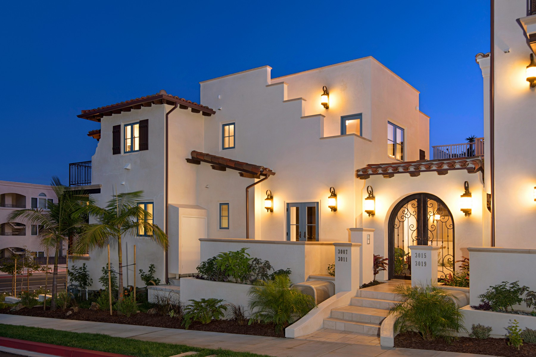 Townhouse for Sale at 3011 Lawrence St. La Playa, San Diego, California, 92106 United States