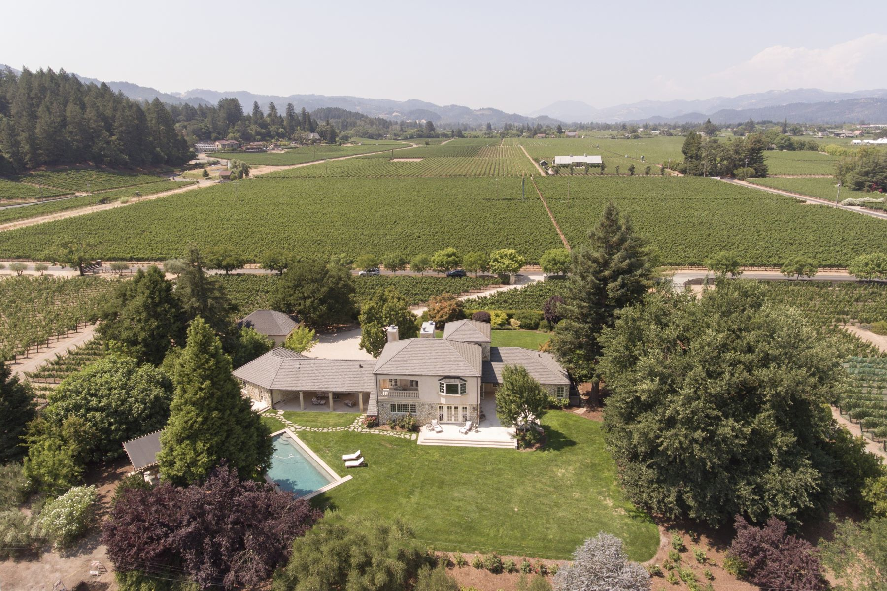 Additional photo for property listing at Luxury Estate in the Rutherford Dust 1871 Cabernet Lane St. Helena, California 94574 United States