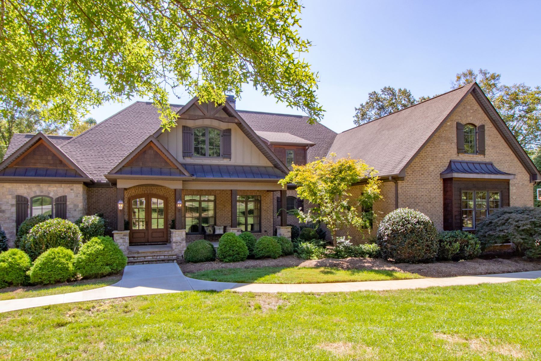 Single Family Homes for Sale at Impeccably maintained estate on 3.16 acres. 117 Pacolet Trail Piedmont, South Carolina 29673 United States