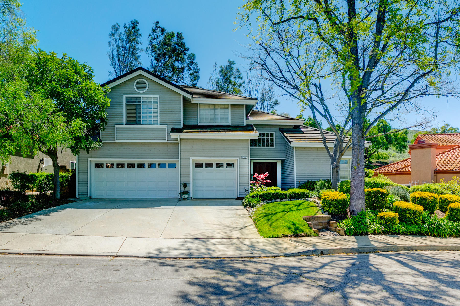 Single Family Homes for Active at 11868 Silver Crest Street Moorpark, California 93021 United States