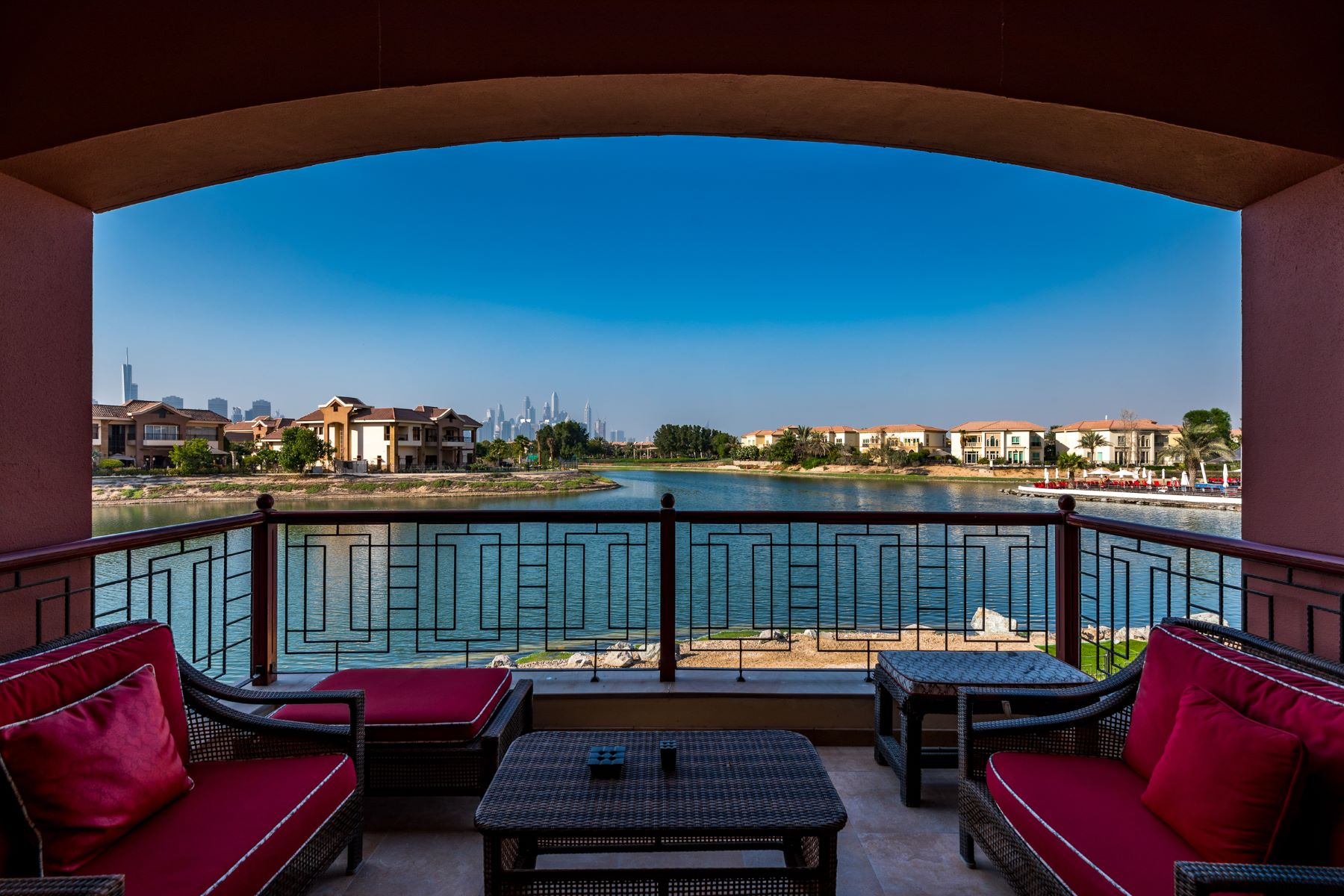 단독 가정 주택 용 매매 에 Luxury Mansion for Sale in Jumeirah Island Jumeirah Islands The Mansions, Dubai, 00000 아랍에미리트