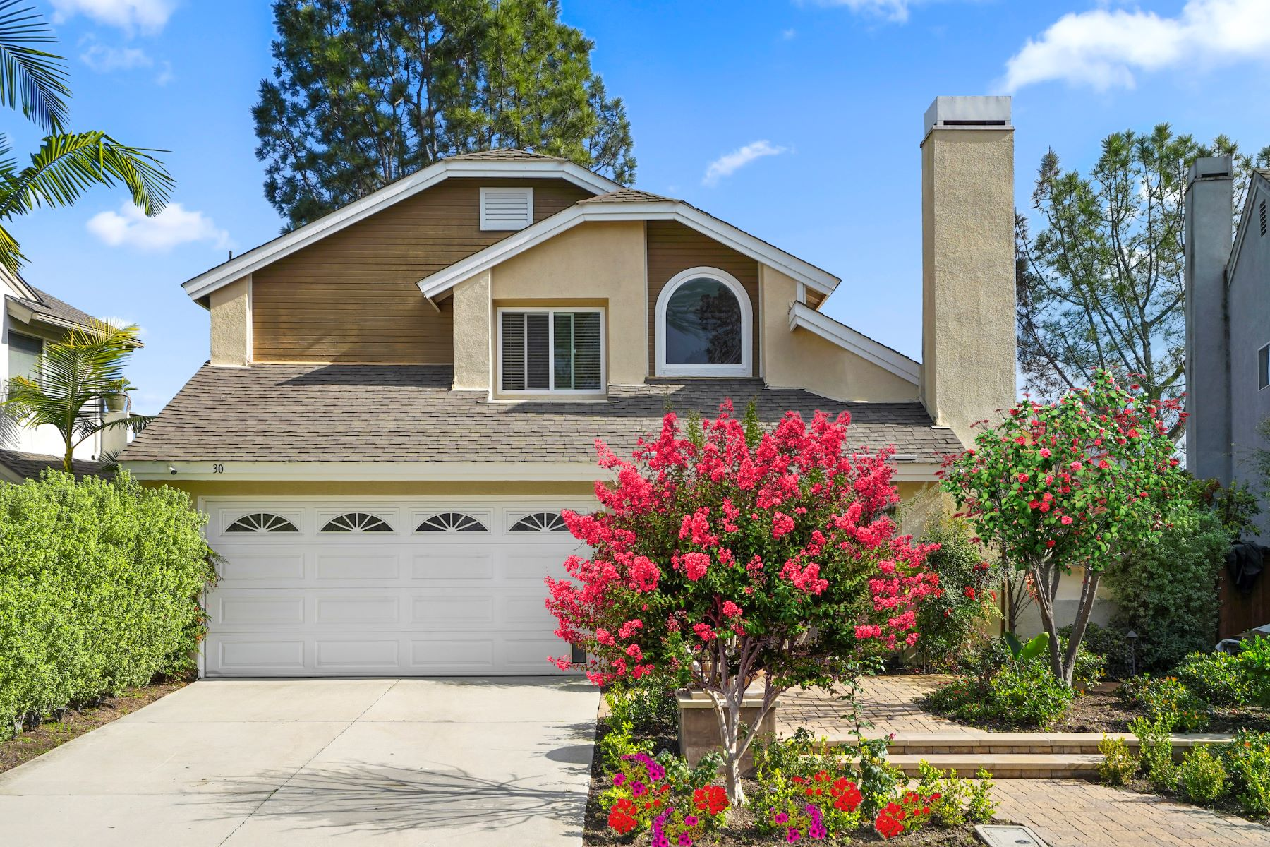 Single Family Homes for Active at 30 Spicewood, Aliso Viejo 30 Spicewood Aliso Viejo, California 92656 United States