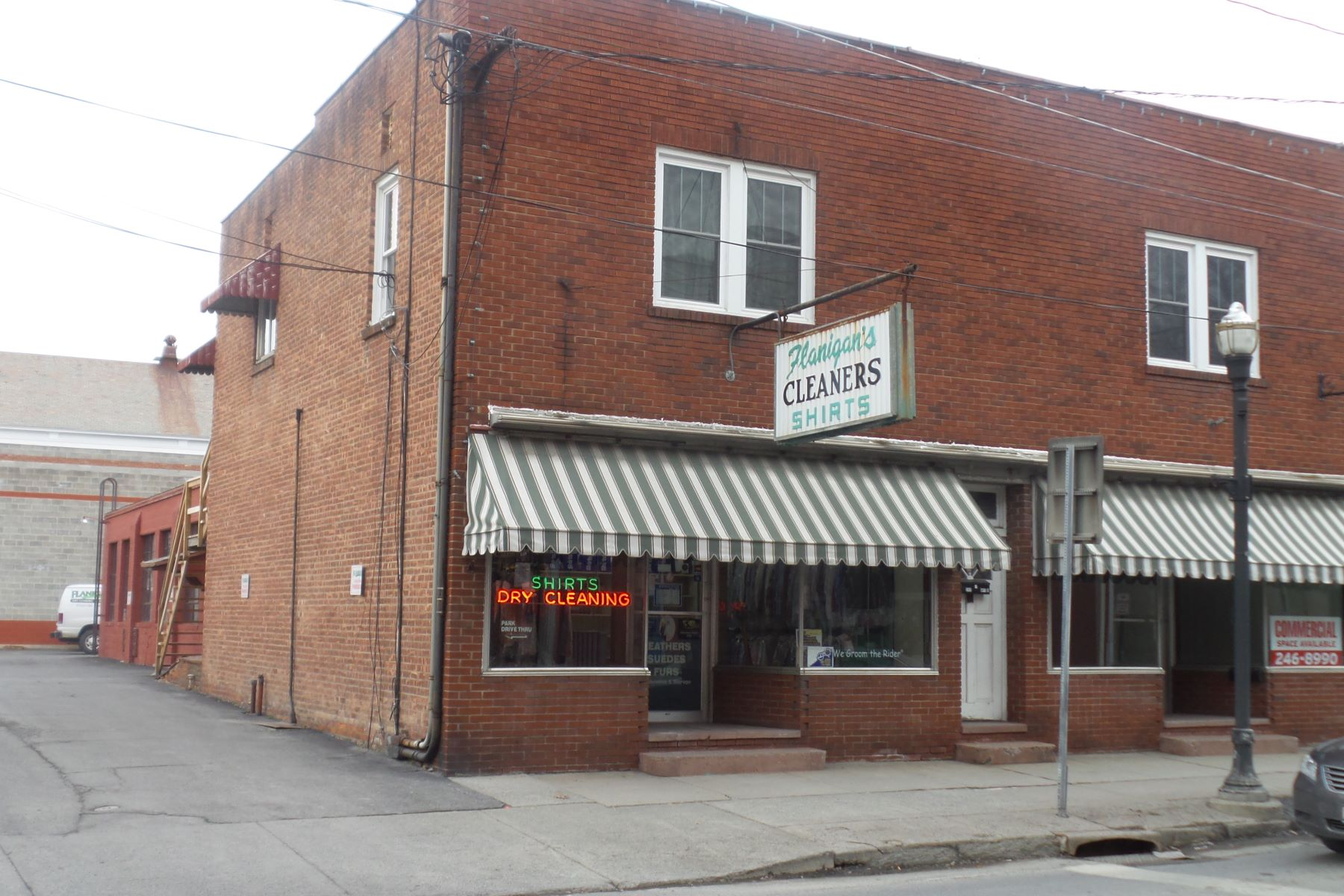 Commercial for Sale at Dry Cleaners on Main Street 211 Main Street Saugerties, New York 12477 United States