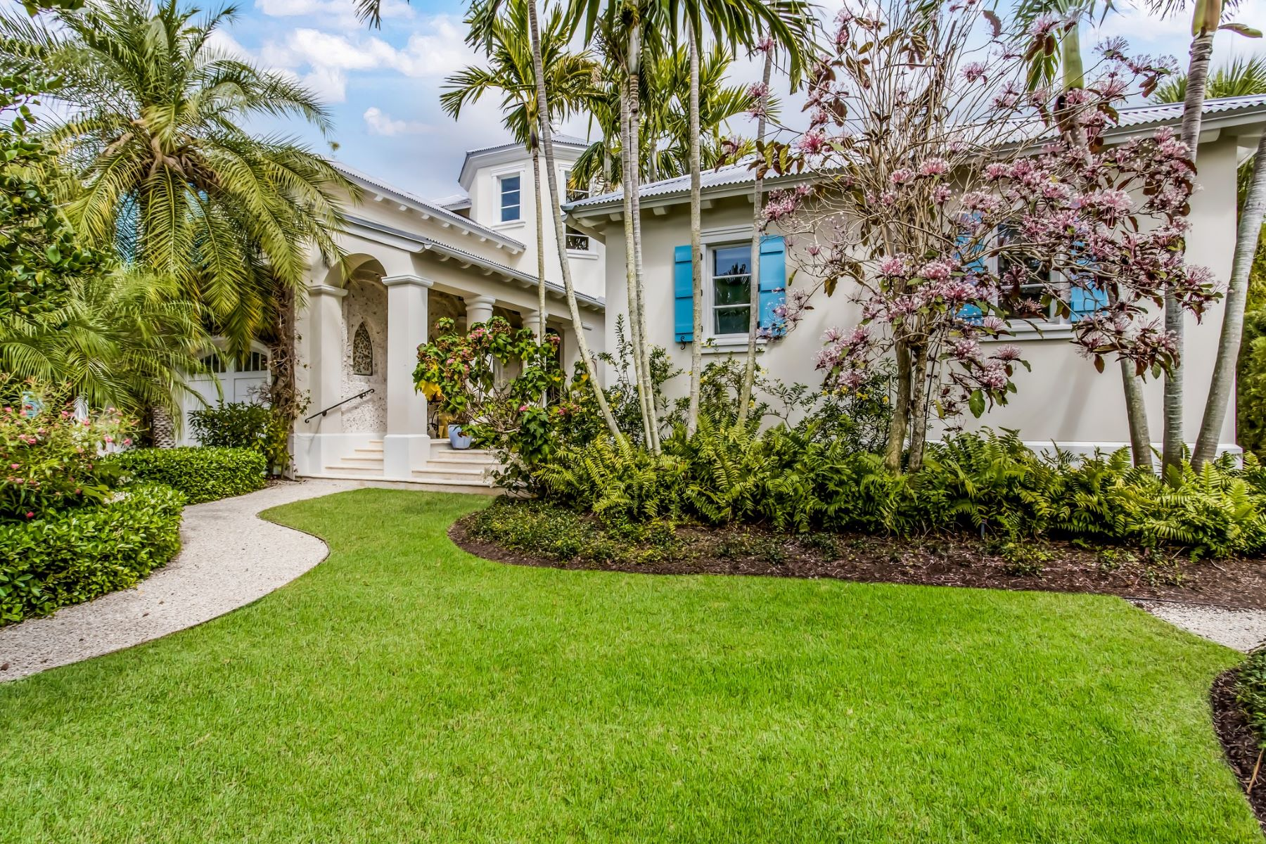 single family homes for Active at 300 Lee Avenue Boca Grande, Florida 33921 United States