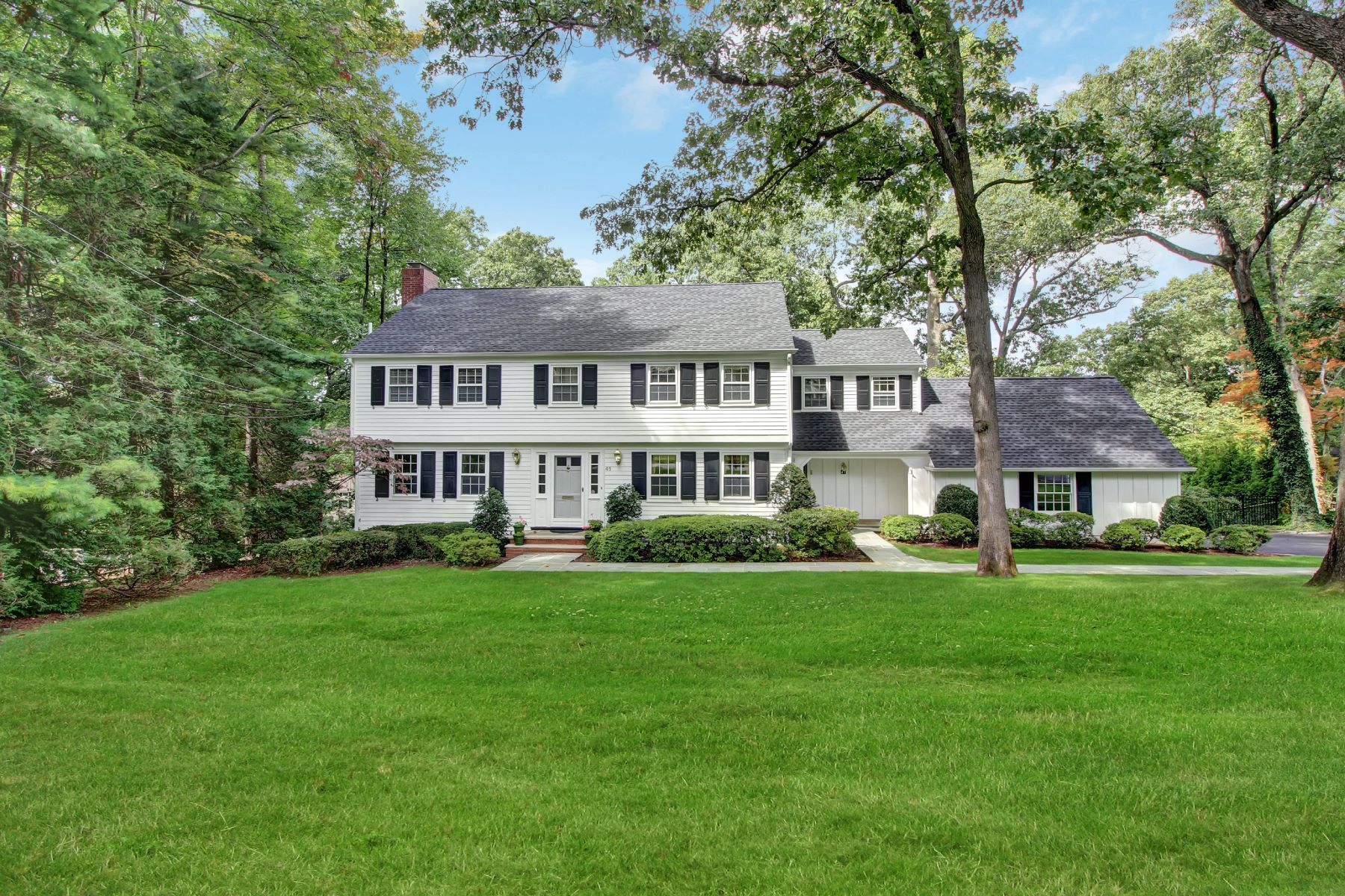 Single Family Home for Sale at Classic Colonial 41 Greenbriar Drive, Summit, New Jersey 07901 United States