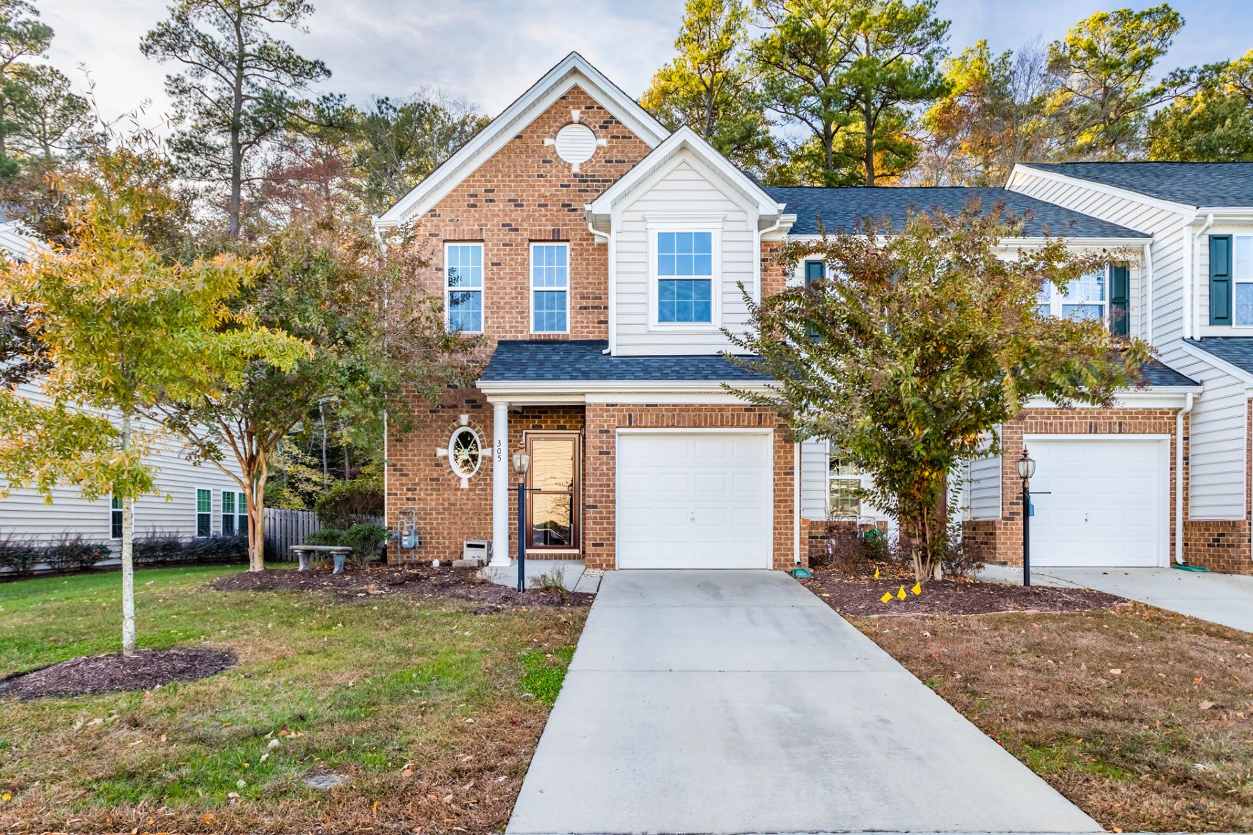 townhouses for Active at Riverwalk Townes 305 Alexia Ln Yorktown, Virginia 23690 United States