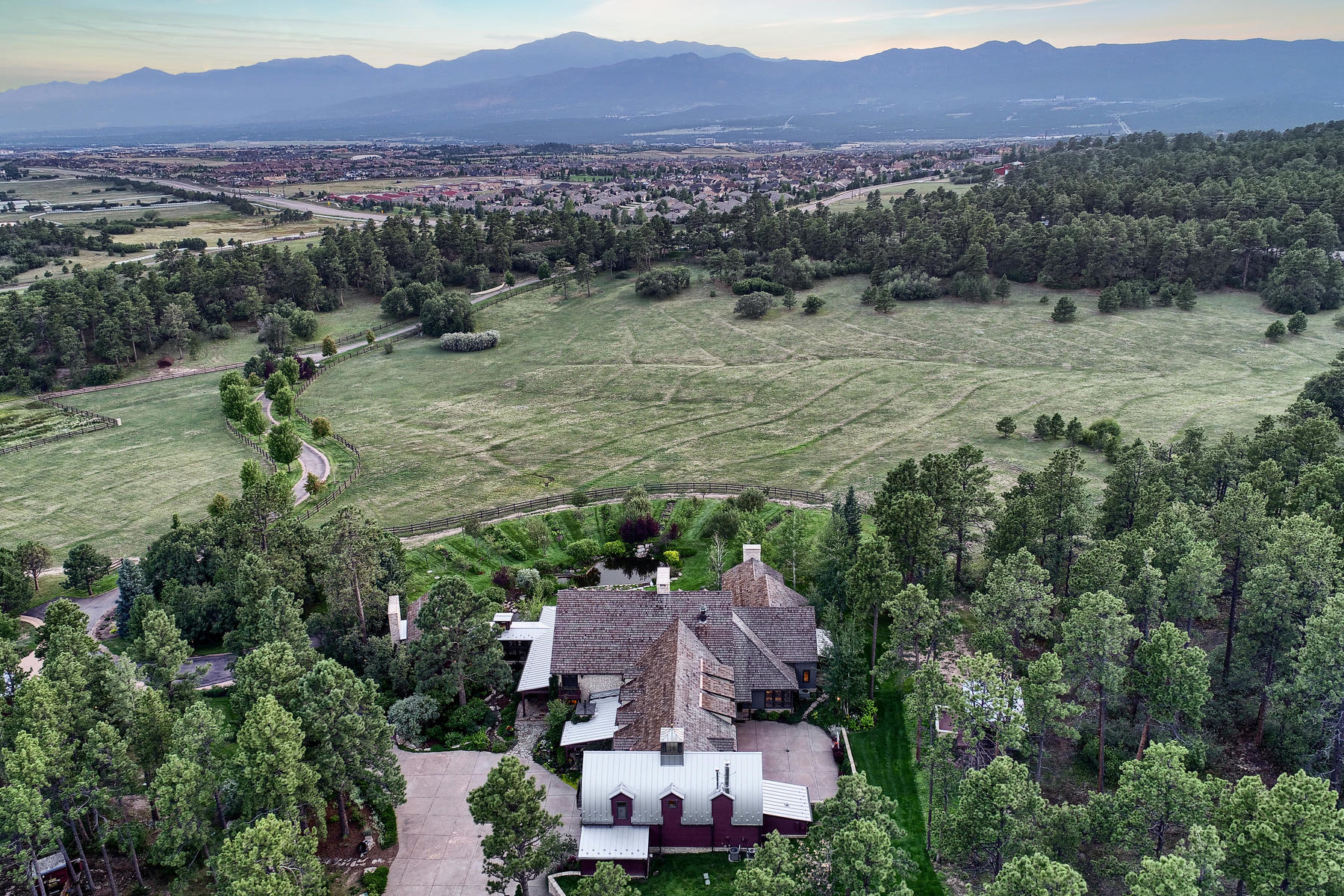 Additional photo for property listing at Southard Star Ranch 14065 Highway 83 Colorado Springs, Colorado 80921 United States