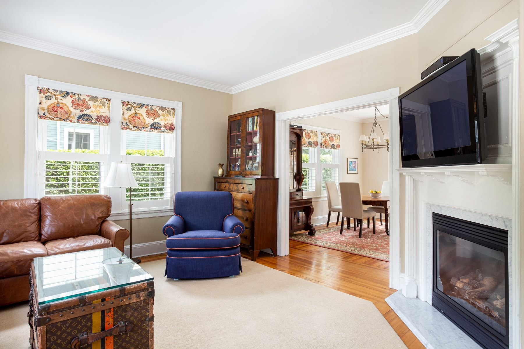 Additional photo for property listing at Renovated Cottage with 3-Car Garage on Double Lot 21 Sherman Street Newport, Rhode Island 02840 United States
