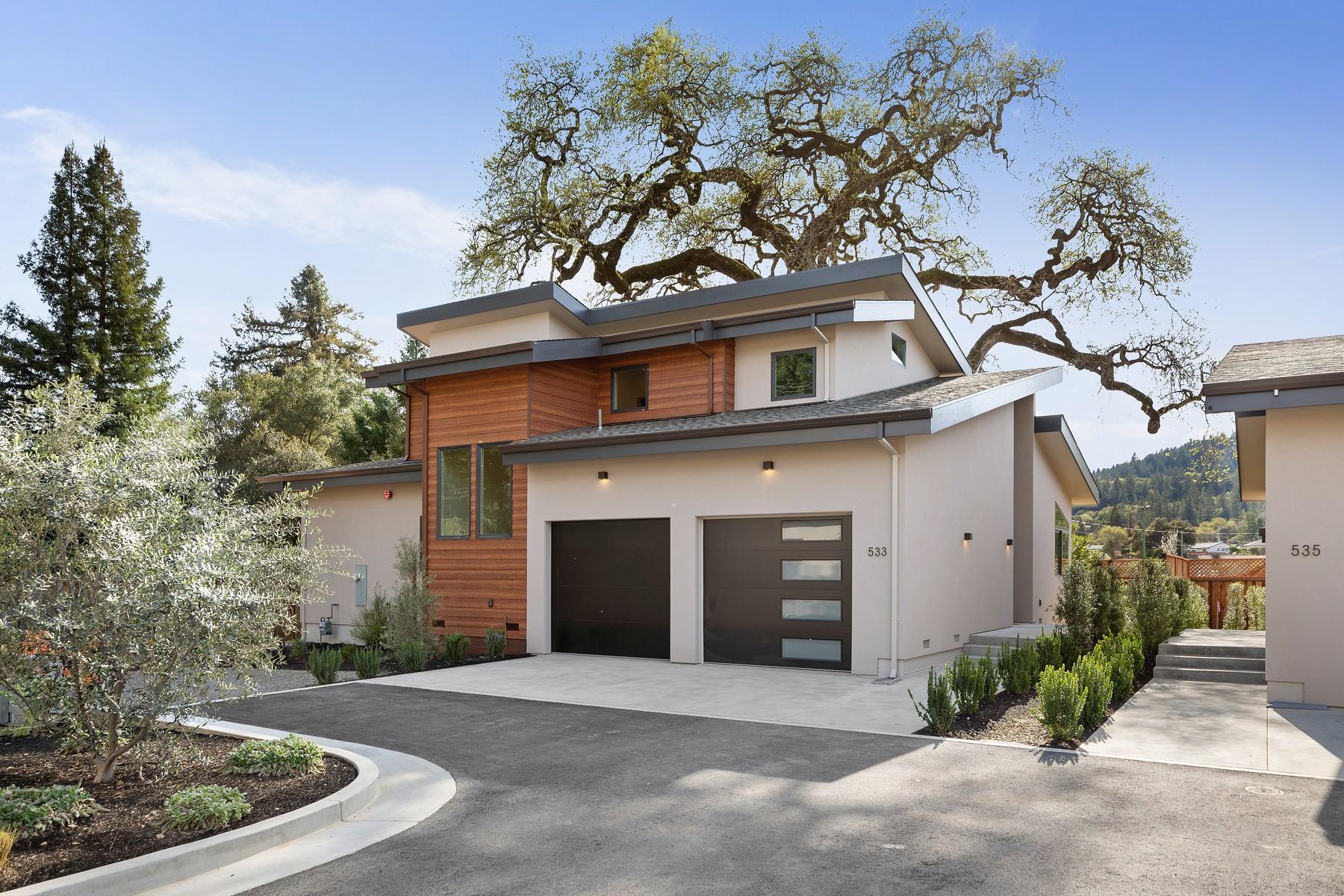 Single Family Homes para Venda às Boulevard North 531 North Cloverdale Boulevard, Cloverdale, Califórnia 95425 Estados Unidos