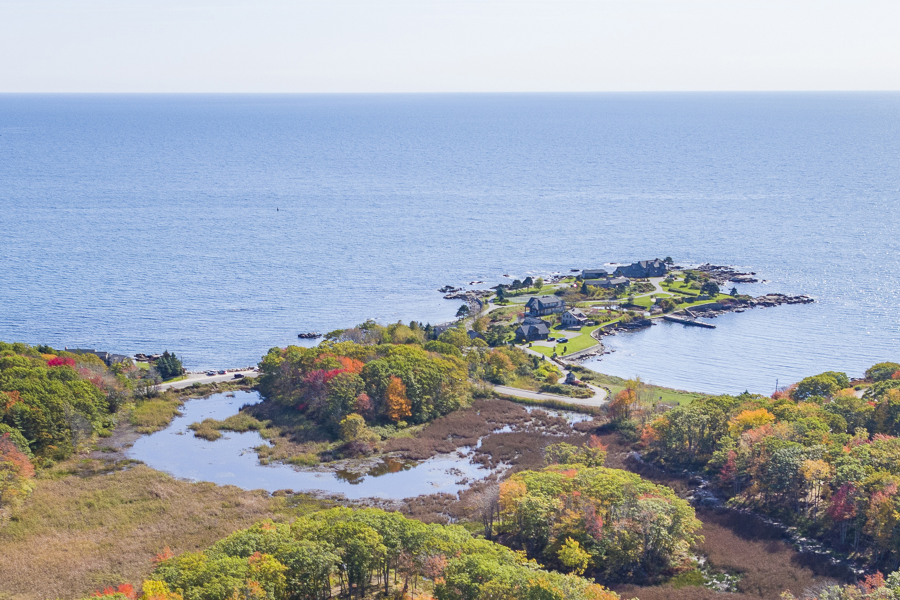 Single Family Home for Sale at 250 Ocean Avenue 250 Ocean Avenue Kennebunkport, Maine 04046 United States