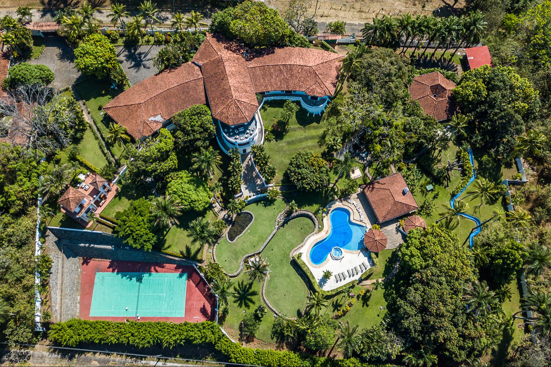 Multi-Family Homes por un Venta en Villa Marítima, Puntarenas Puntarenas, Puntarenas Costa Rica