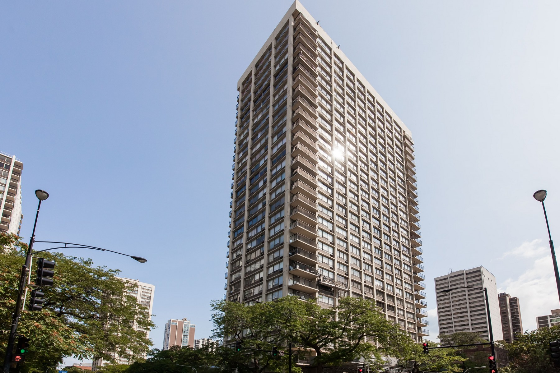 Condominium for Sale at Incredible opportunity with a Gold Coast location 88 W Schiller Street Unit 405L, Chicago, Illinois, 60610 United States