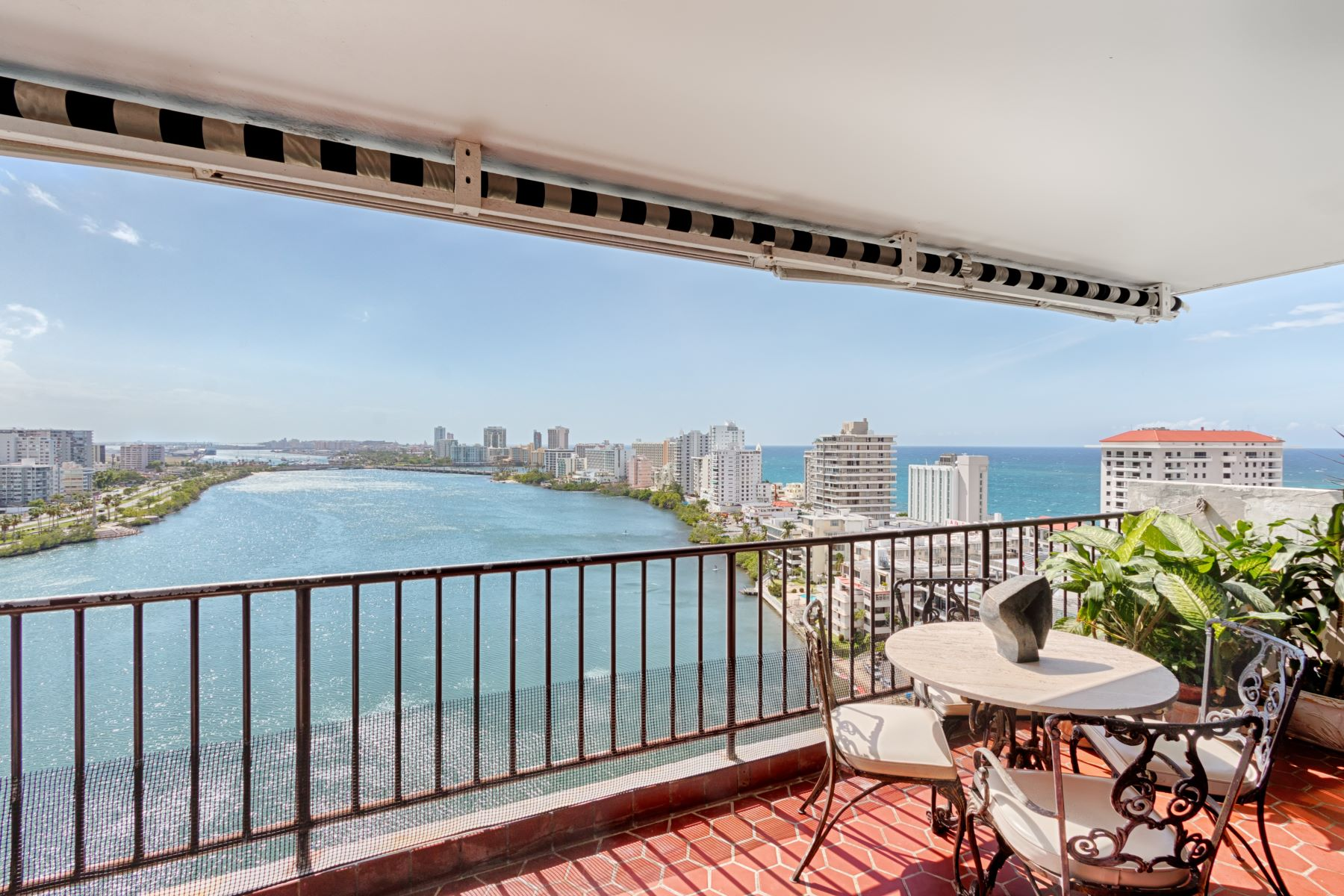 Flat for Sale at Duplex PH in the Heart of Condado Beach 6 Calle Joffre PHA San Juan, Puerto Rico 00907 Puerto Rico