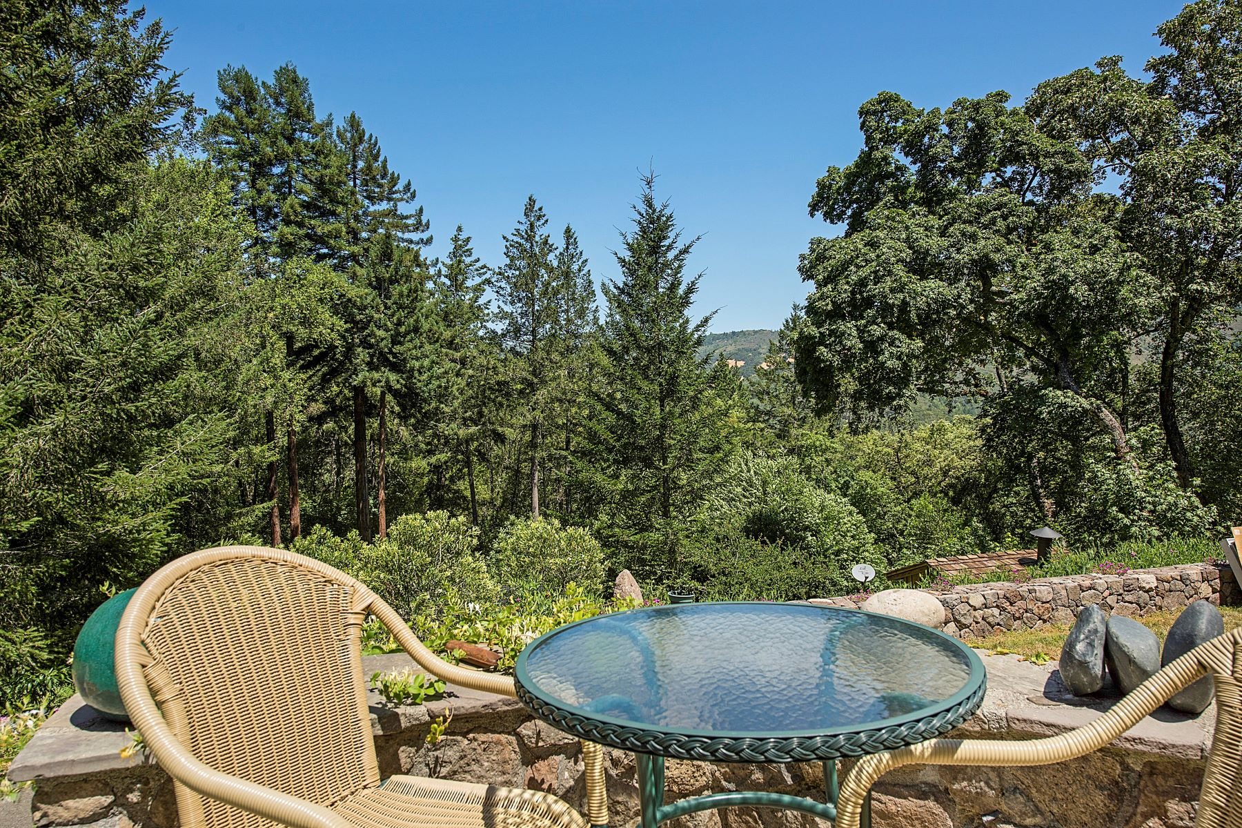 Single Family Home for Sale at Vista Norte Napa Valley 6560 Dry Creek Road Napa, California, 94558 United States