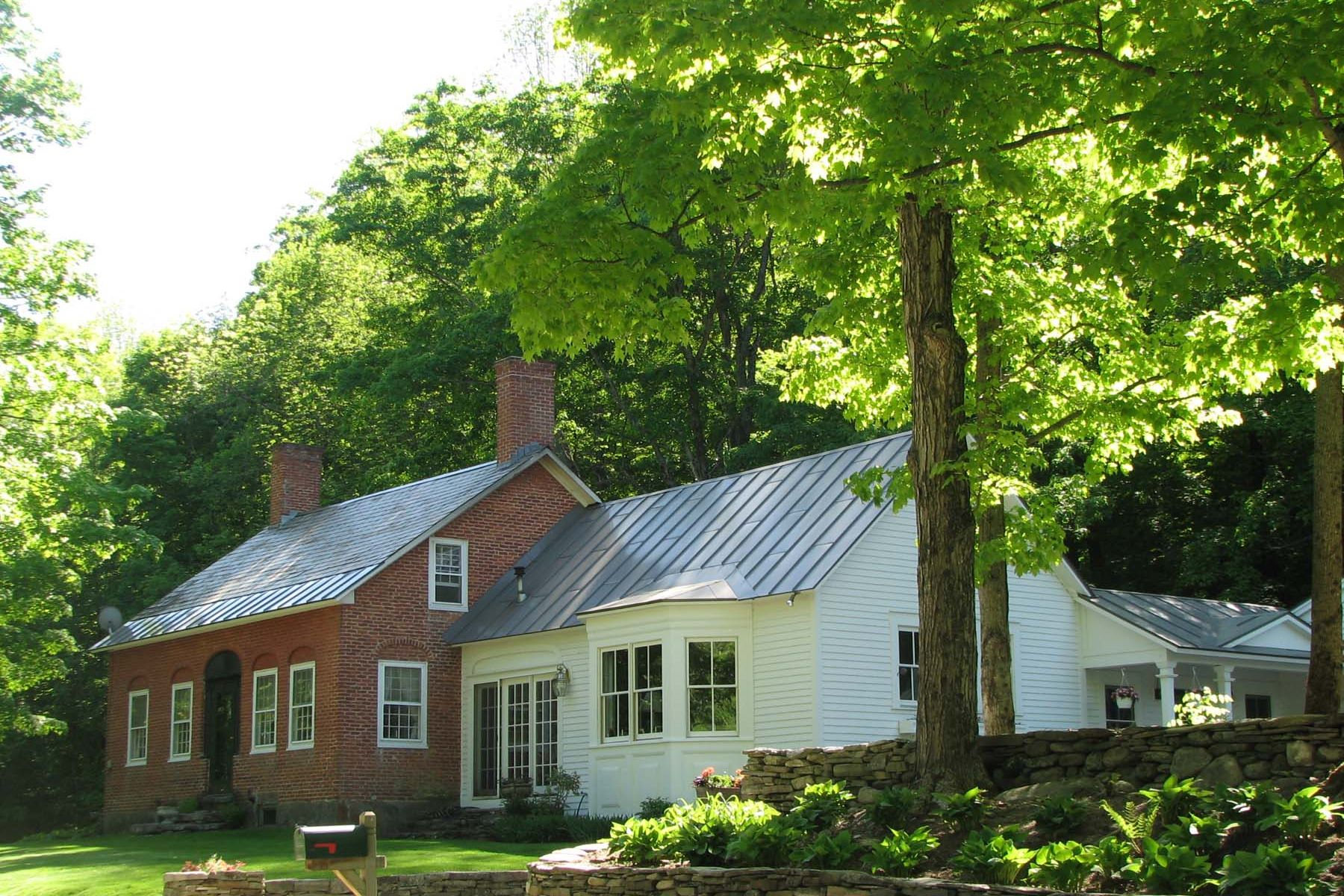 Single Family Homes for Sale at Antique Brick Federal on 100+ Acres 2092 Cavendish Gulf Road Cavendish, Vermont 05142 United States