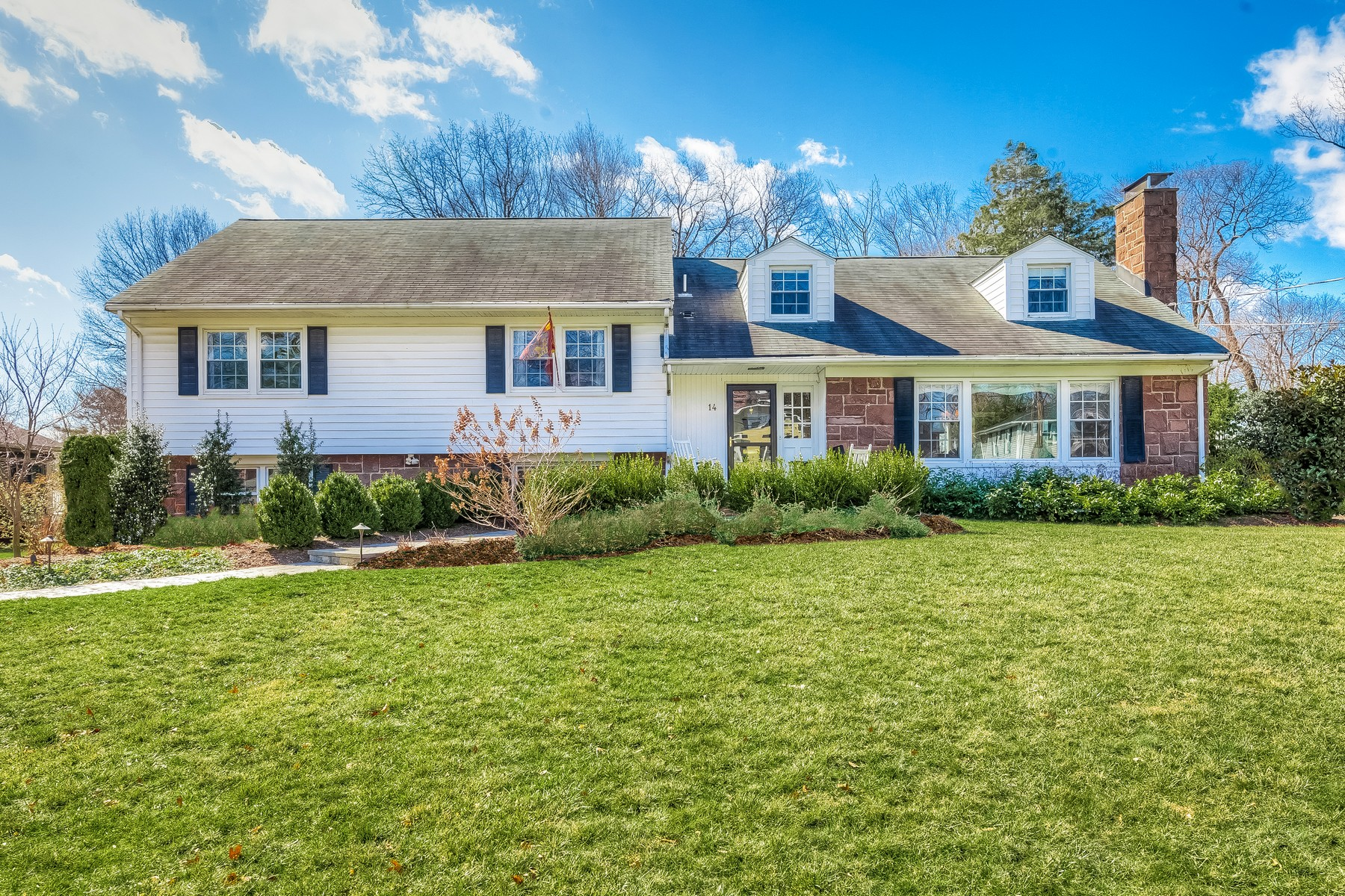 Single Family Home for Sale at Spacious and Updated in the Hill Section 14 Lawrence Road Madison, New Jersey 07940 United States