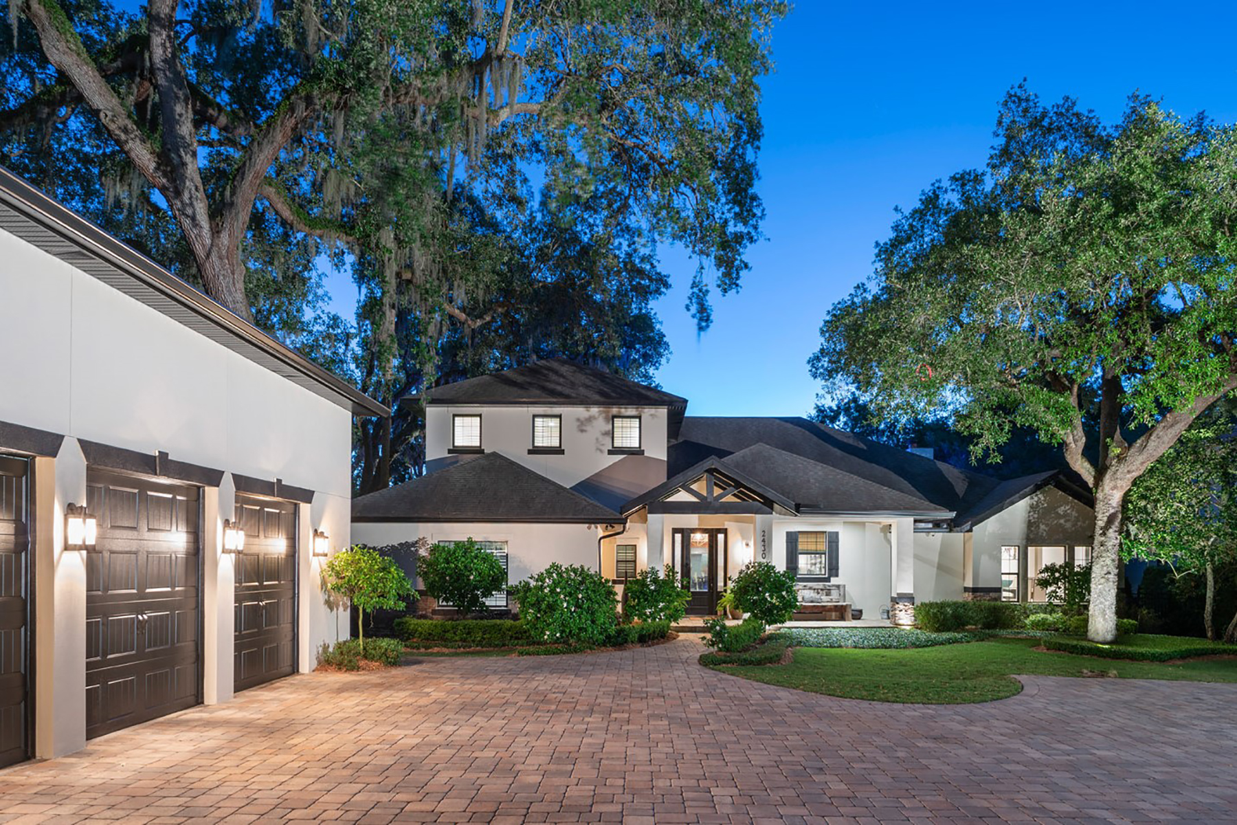 single family homes for Active at WINTER PARK 2430 Via Sienna Winter Park, Florida 32789 United States