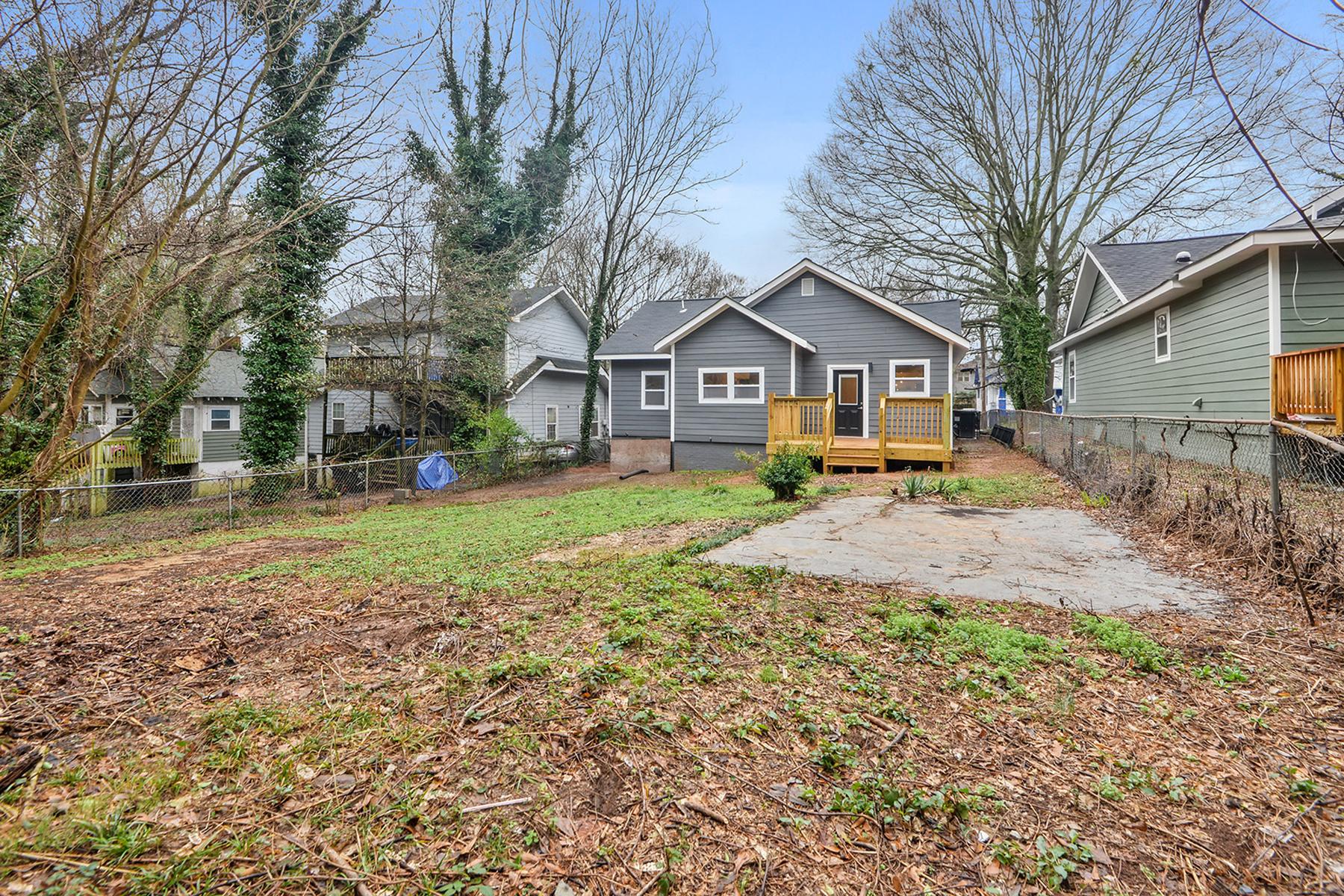 Additional photo for property listing at Beautifully Renovated West End Craftsman Bungalow 916 Gaston Street SW, Atlanta, Geórgia 30310 Estados Unidos