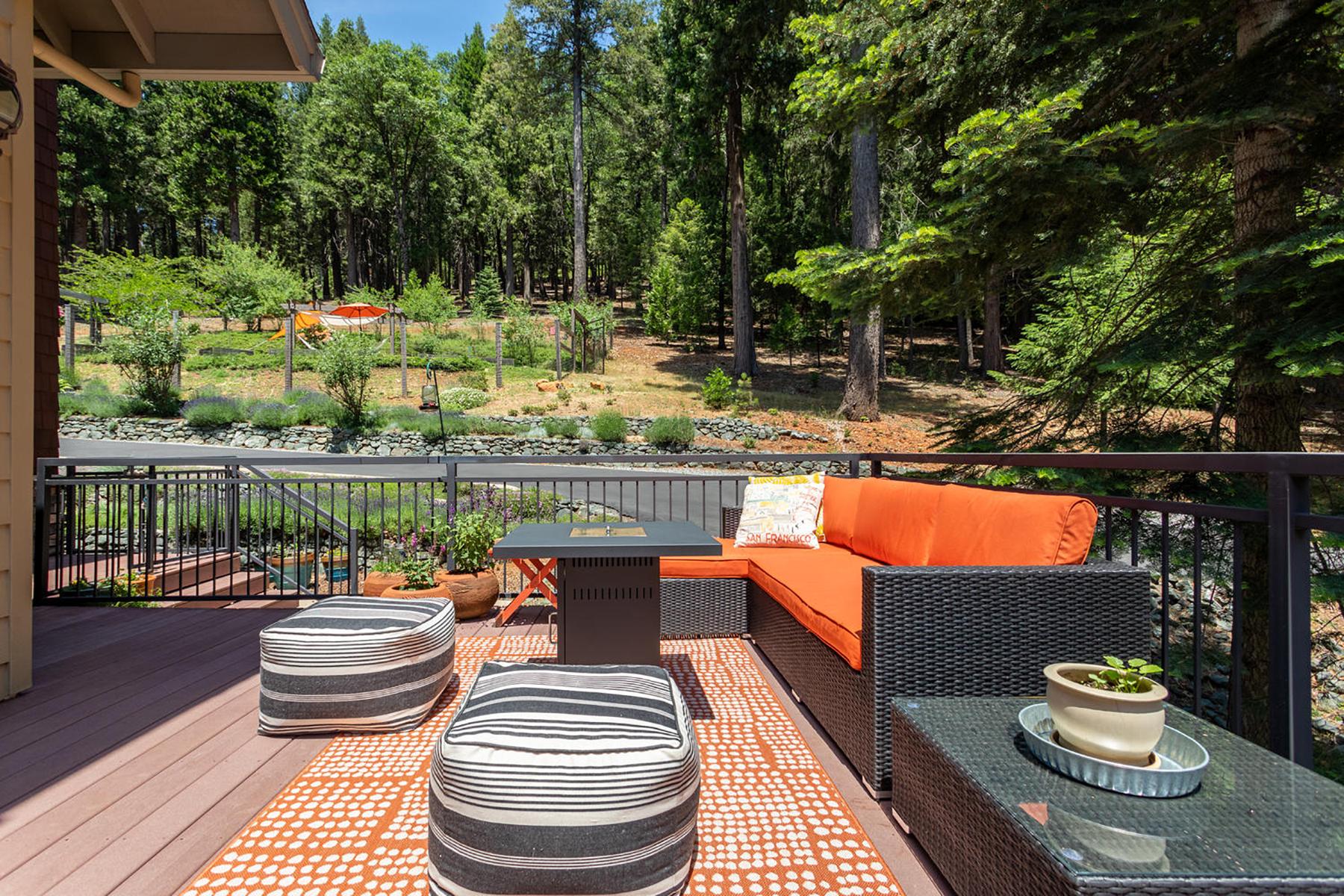 Additional photo for property listing at 11627 Caroline Lane Nevada City, California 95959 Estados Unidos