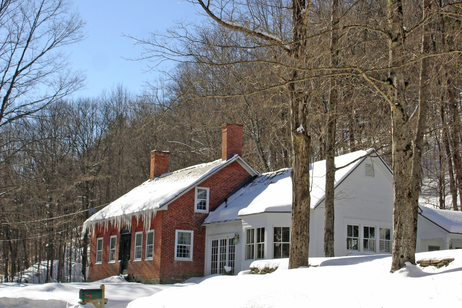 Single Family Home for Sale at Antique Brick Federal on 100+ Acres 2092 Cavendish Gulf Rd Cavendish, Vermont 05142 United States