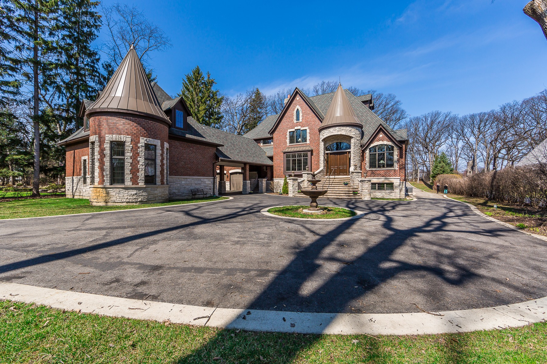 Single Family Home for Sale at 3108 White Oak Ln 3108 White Oak Lane, Oak Brook, Illinois, 60523 United States