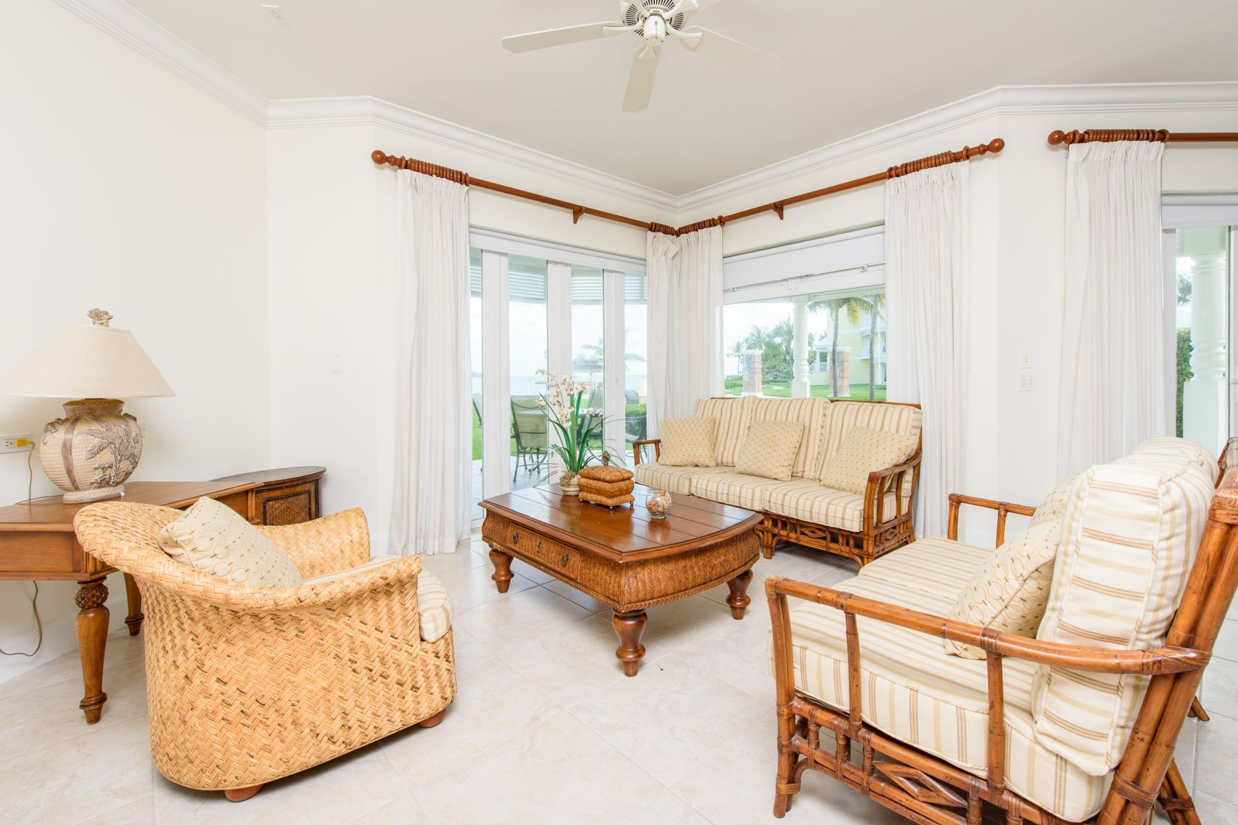 Additional photo for property listing at Oceanfront Residence in Bayroc Bayroc, Cable Beach, Nassau And Paradise Island Bahamas