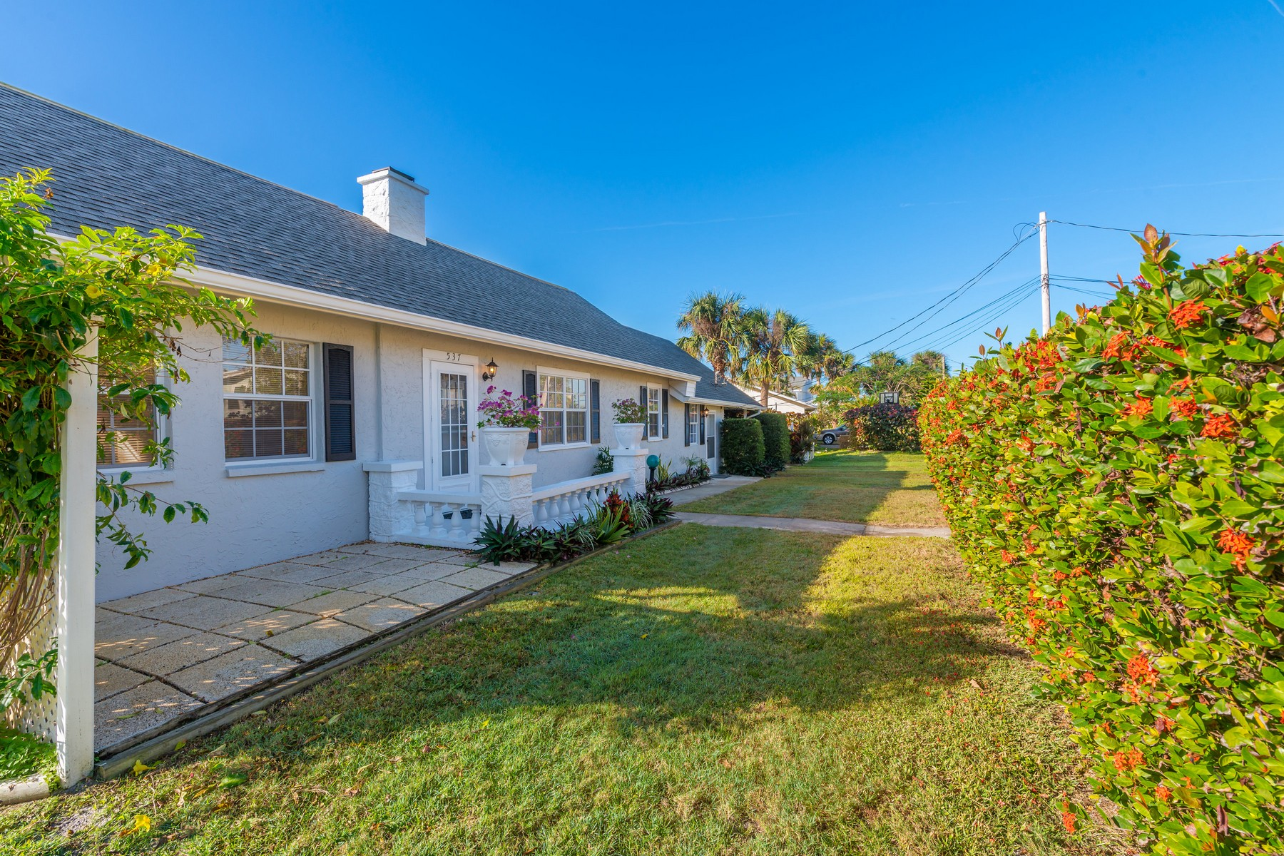 Multi-Family Home for Sale at 539 Sunset Blvd. 539 Sunset Blvd. Melbourne Beach, Florida 32951 United States