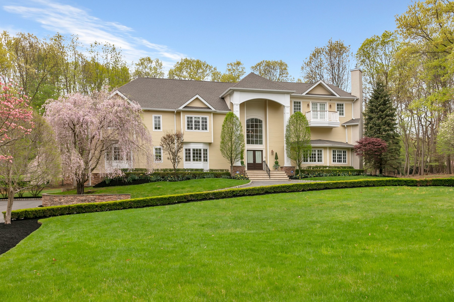 Single Family Home for Sale at Timeless Colonial 49 Prothero Road, Colts Neck, New Jersey 07722 United States