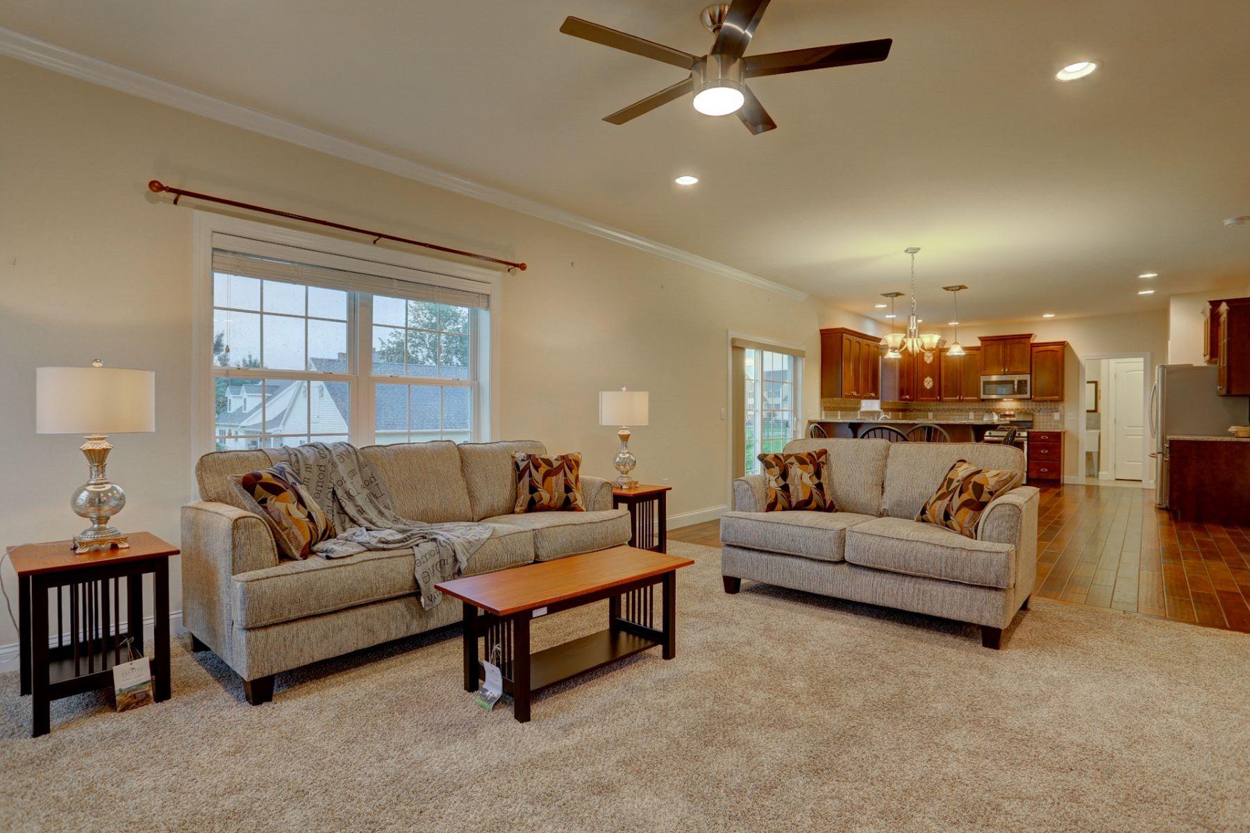 Additional photo for property listing at 631 Frome Avenue  Lititz, Pennsylvania 17543 Estados Unidos