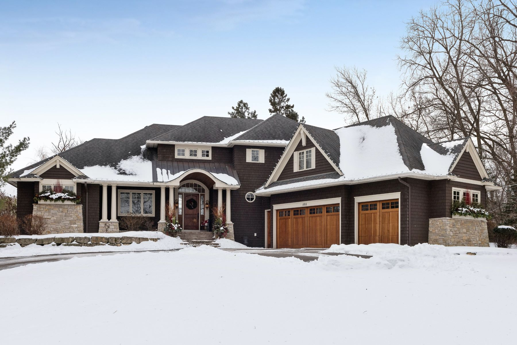 Single Family Homes for Sale at Elegant Home Built by Pillar Homes Sits on 1.6 Acres in Wayzata 595 Far Hill Road Wayzata, Minnesota 55391 United States