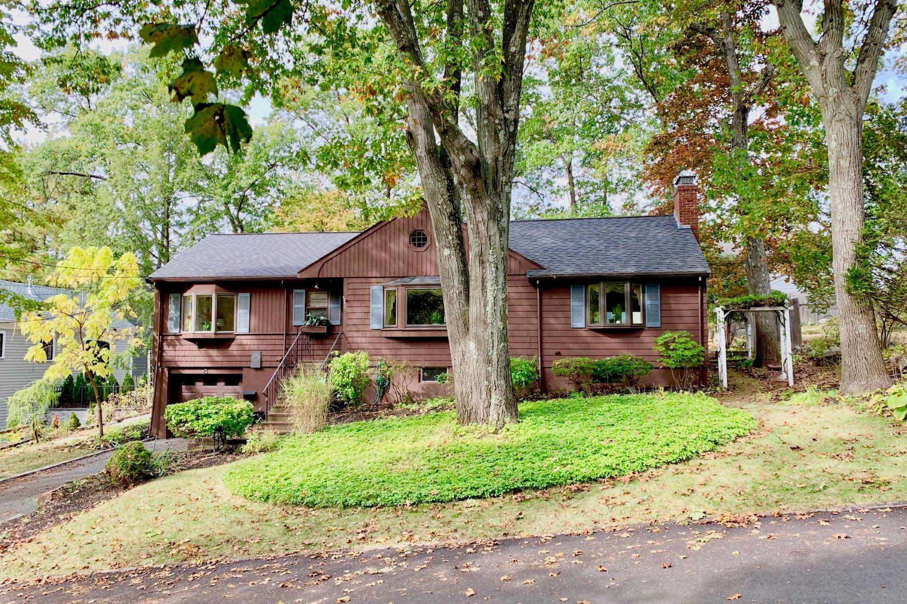 Single Family Homes por un Venta en 4 Fairland Street Lexington, Massachusetts 02421 Estados Unidos