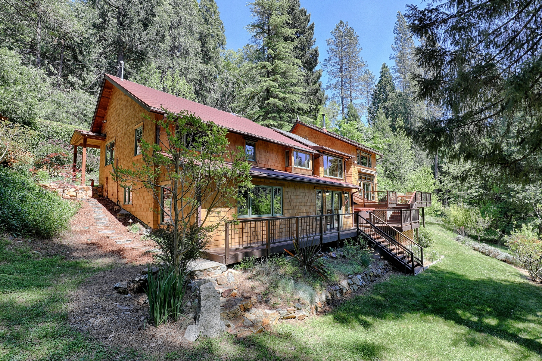 Single Family Home for Active at 353 Old Downieville Hwy, Nevada City, CA 353 Old Downieville Hwy Nevada City, California 95959 United States
