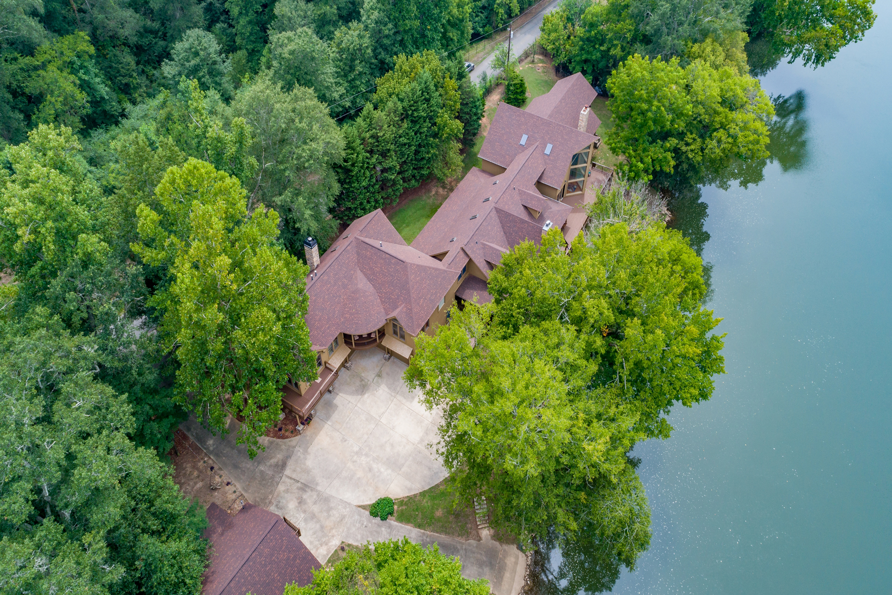 Single Family Home for Active at Stunning Riverfront Dream Home 50 Jones Slough Road Kingston, Georgia 30145 United States